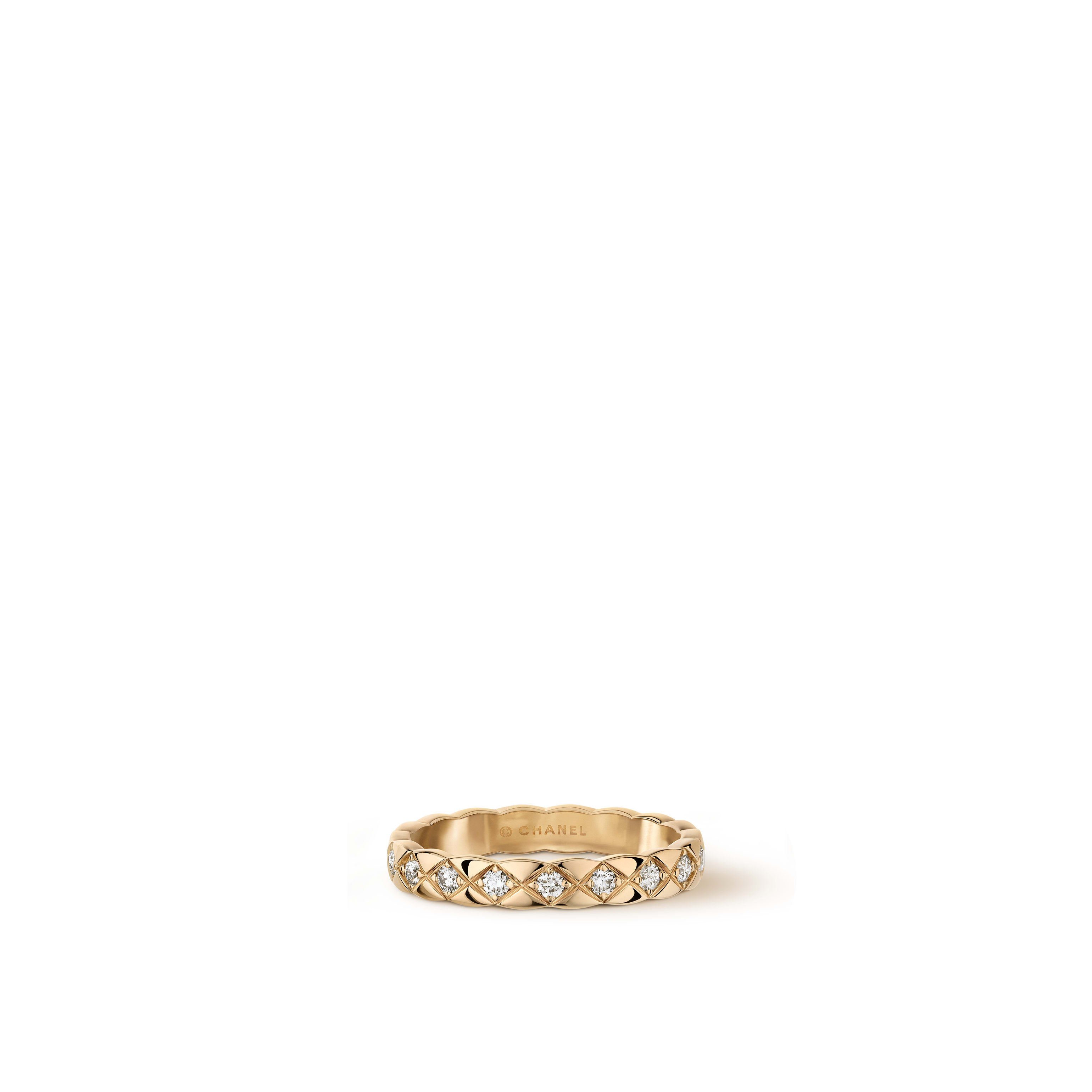 Coco Crush ring - Quilted motif, 18K BEIGE GOLD, diamonds. Mini version. - CHANEL - Default view - see standard sized version