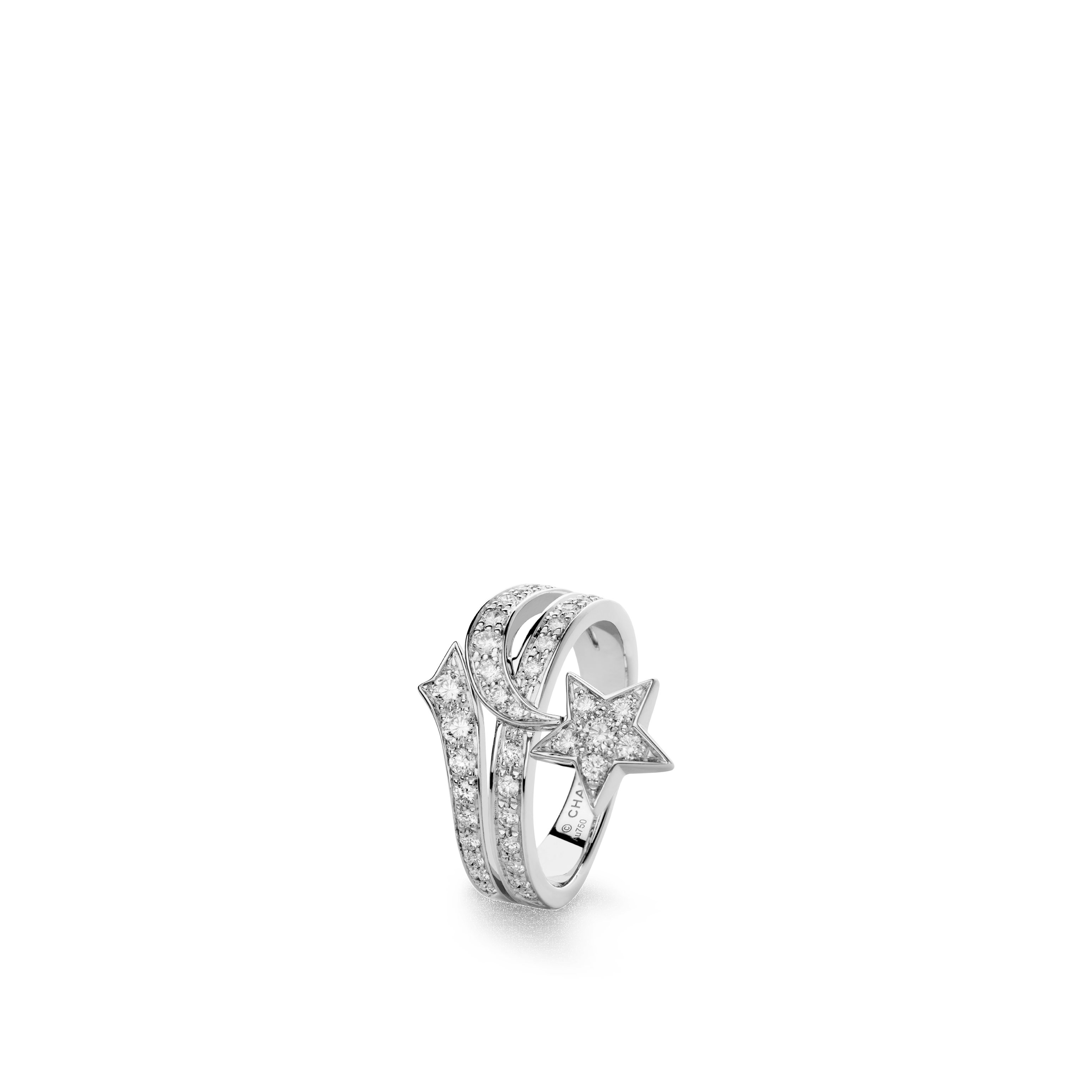 Comète Ring - Shooting star charm ring in 18K white gold and diamonds - Default view - see standard sized version