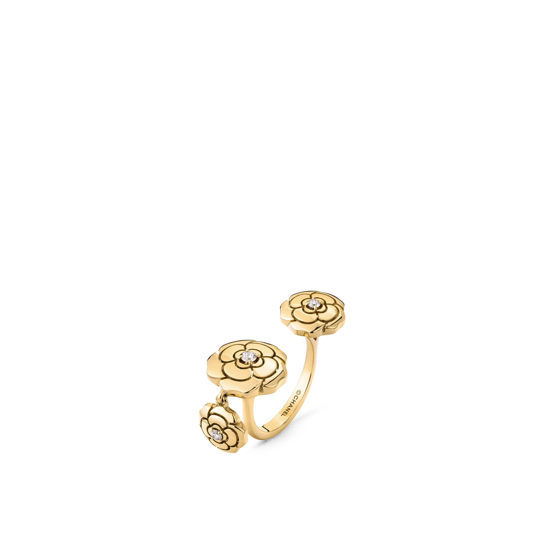 Extrait de Camélia Charms ring - 18K yellow gold, diamonds - CHANEL - Default view - see standard sized version