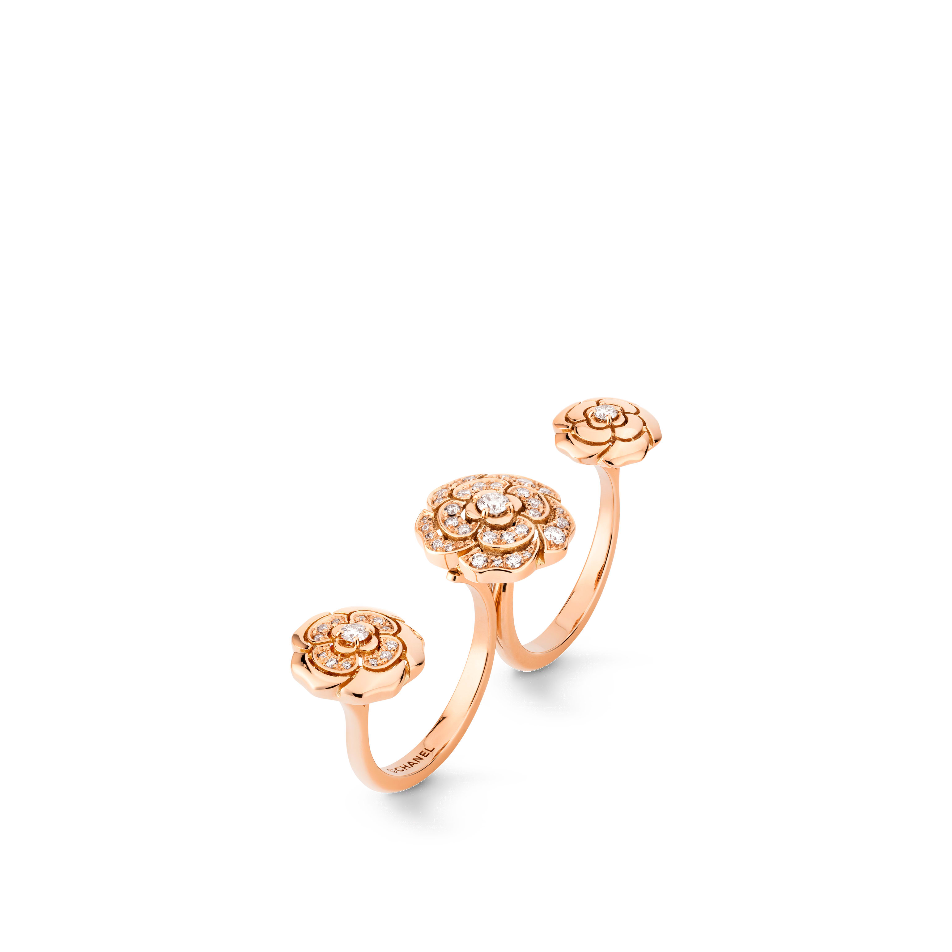Extrait de Camélia transformable ring - 18K pink gold, diamonds - Default view - see standard sized version