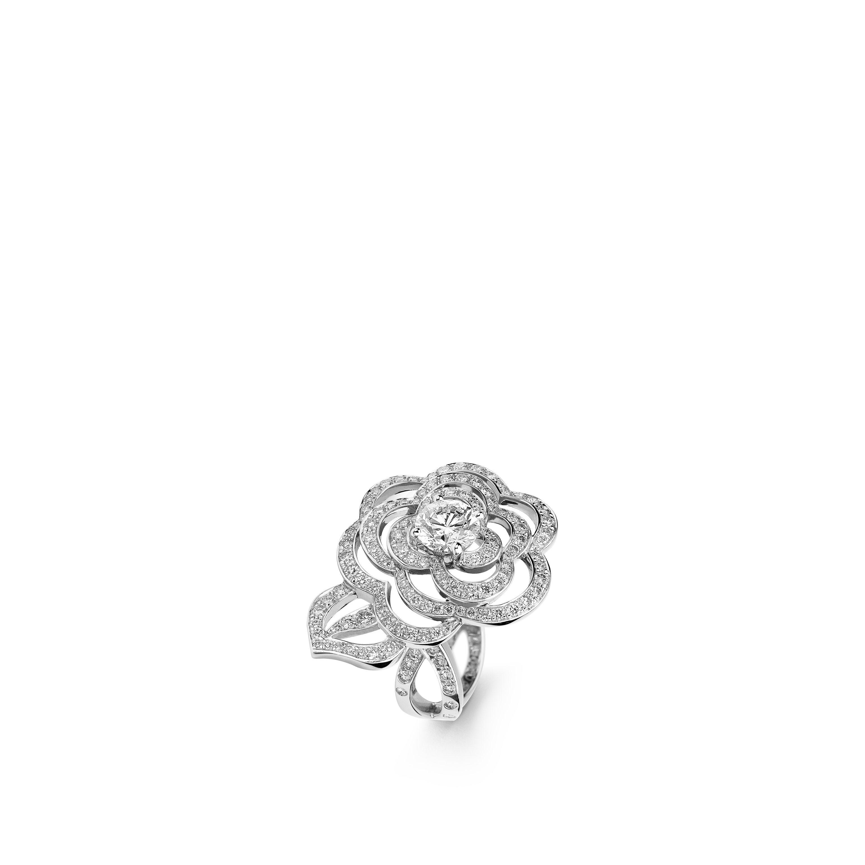 Fil de Camélia ring - 18K white gold, centre diamond, diamonds - CHANEL - Default view - see standard sized version
