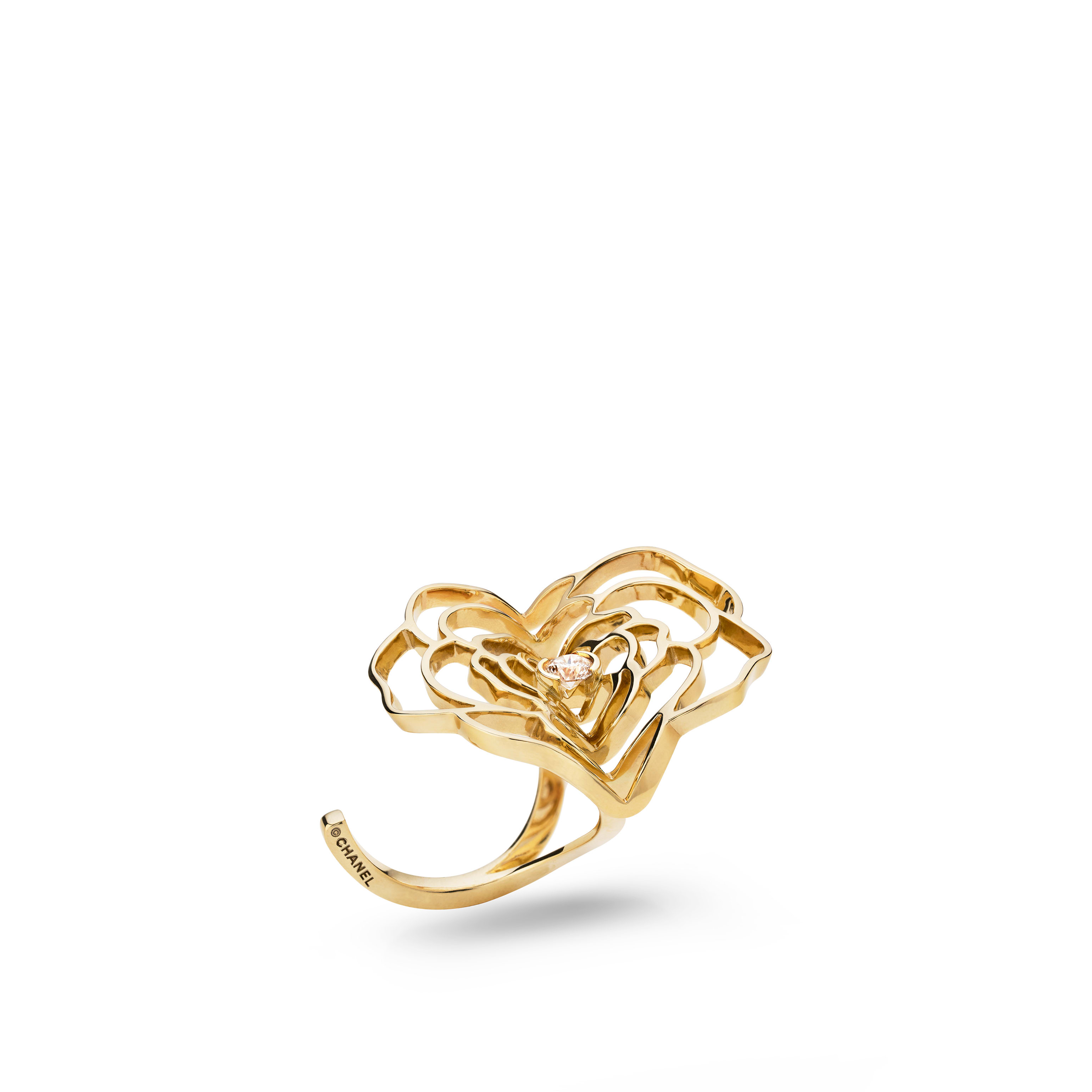 Pétales de Camélia ring - 18K yellow gold, diamond - CHANEL - Default view - see standard sized version