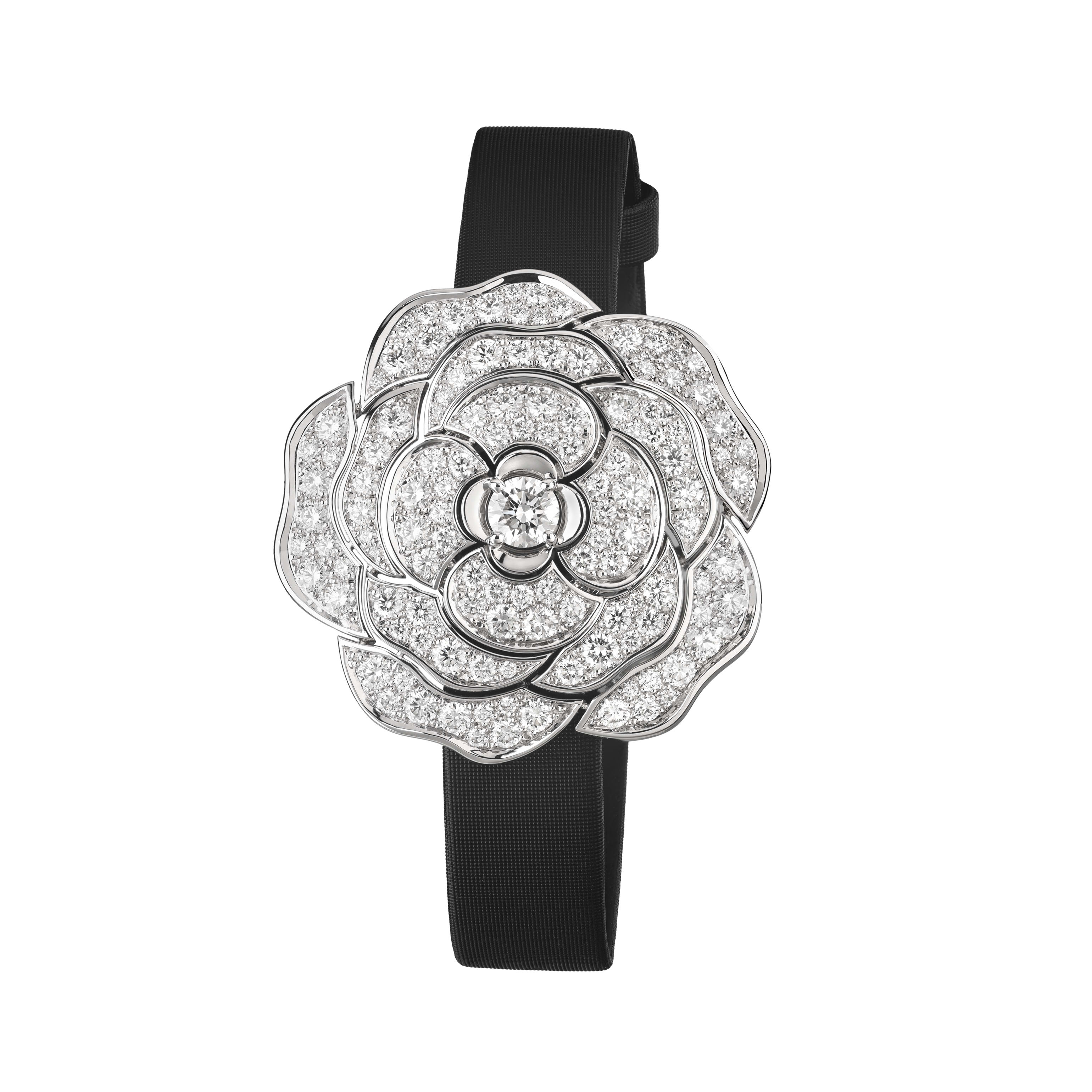 Camélia Jewellery Watch - Secret watch with camellia motif in 18K white gold and diamonds - Other view - see standard sized version