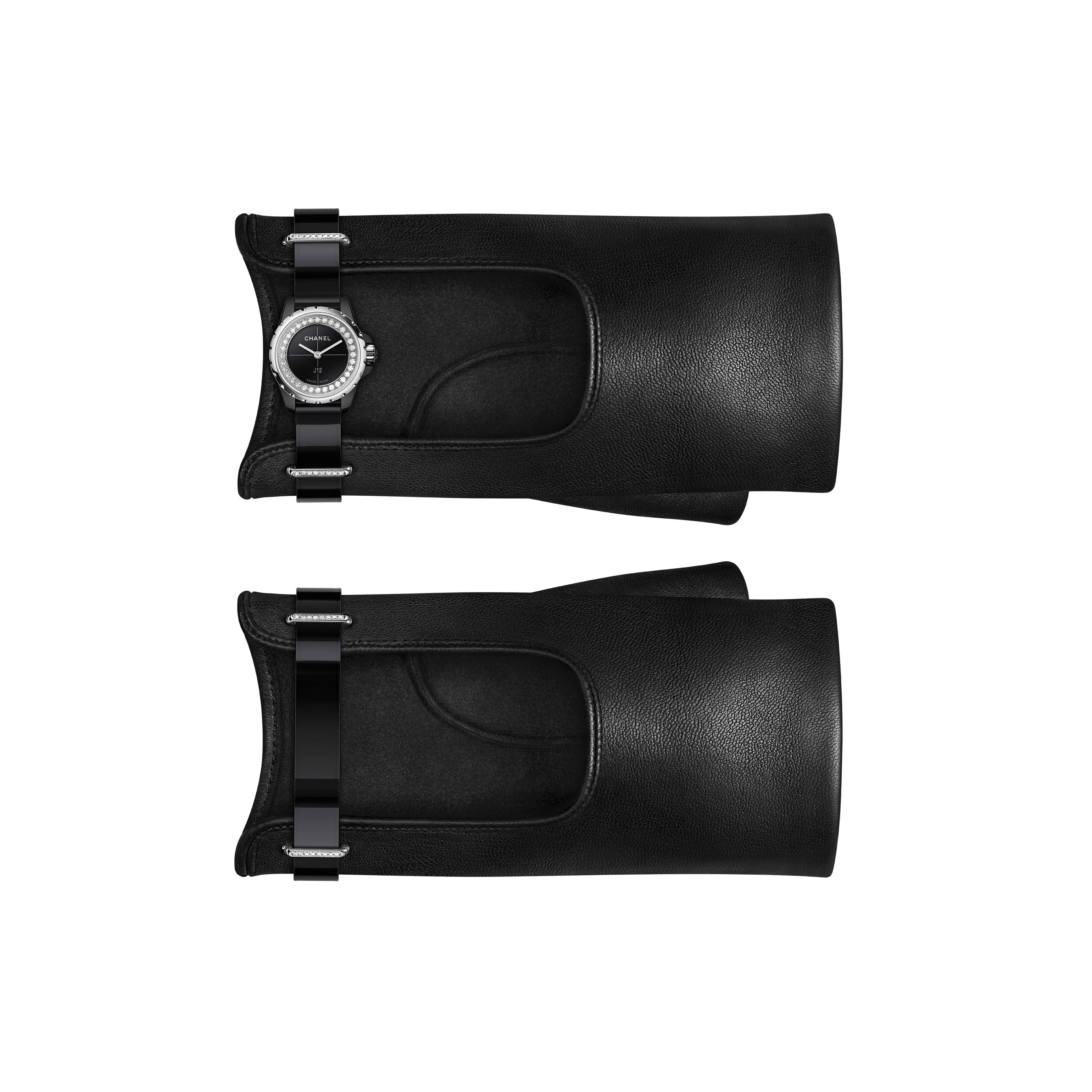 J12·XS - Black leather gloves, black highly resistant ceramic and steel, brilliant-cut diamond flange and loops - Default view - see standard sized version