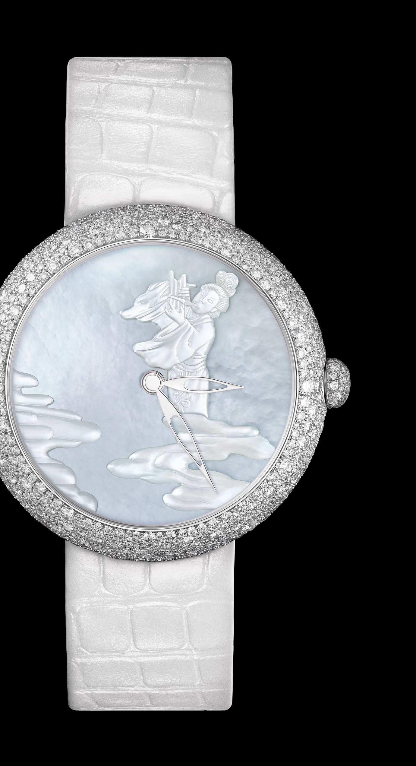 Reloj MADEMOISELLE PRIVÉ Coromandel «Douce Mélodie» en oro blanco con diamantes en engaste nieve. Miniaturas realizadas con la técnica de Ginebra del esmalte Grand Feu y nácar esculpido. - Vista ampliada