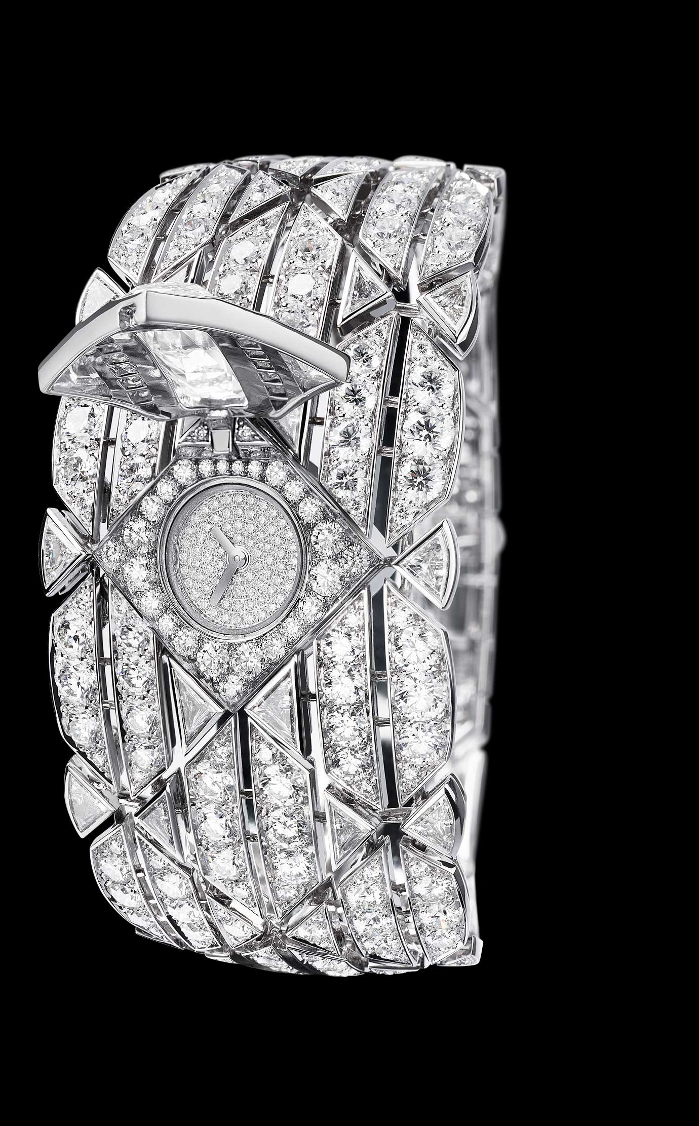 Les Eternelles de CHANEL. Secret cuff watch in 18K white gold. 5.26 carat exceptional diamond. 																											 - Open - Enlarged view
