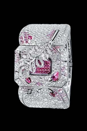 Les Eternelles de CHANEL. Watch in 18K white gold, pink sapphires and diamonds. High precision quartz movement.