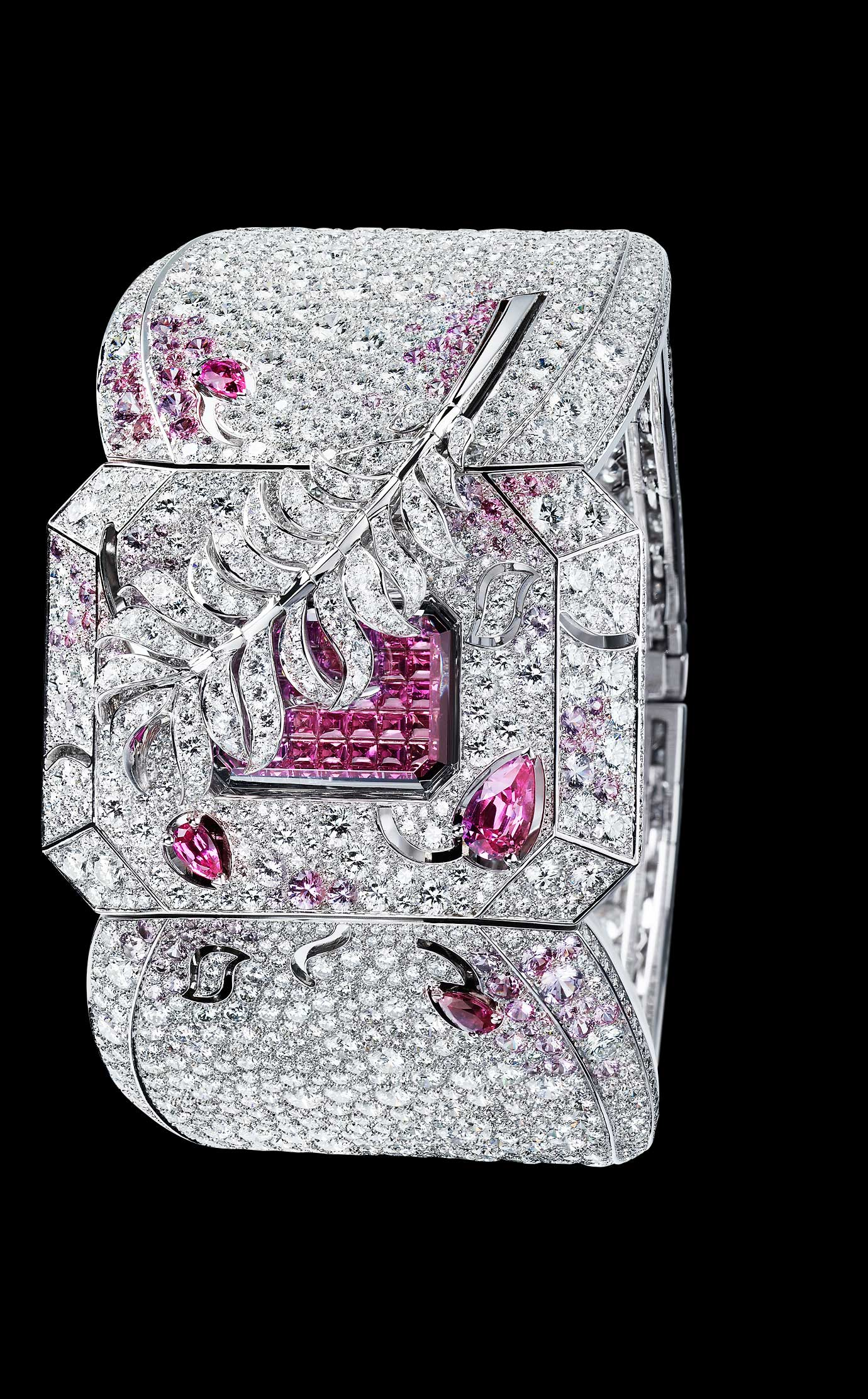 Les Eternelles de CHANEL. Watch in 18K white gold, pink sapphires and diamonds. High precision quartz movement. - Closed