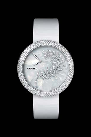 Mademoiselle Privé Bijoux de Diamants Plume Jewellery watch - mother-of-pearl marquetry and diamonds.
