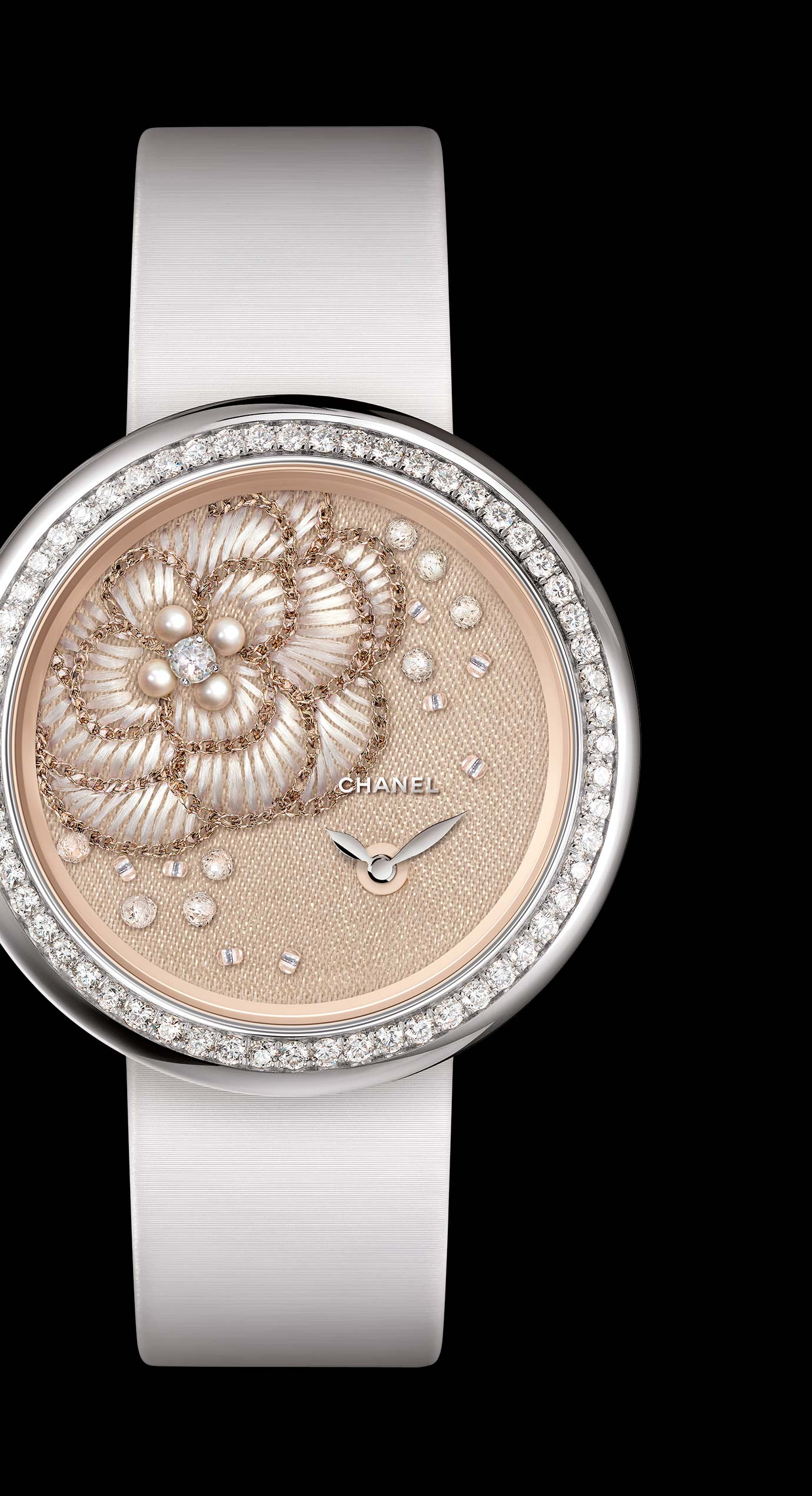 Mademoiselle Privé watch with gold thread camellias, fine pearls, diamonds and glass beads - Lesage embroidery. - Enlarged view
