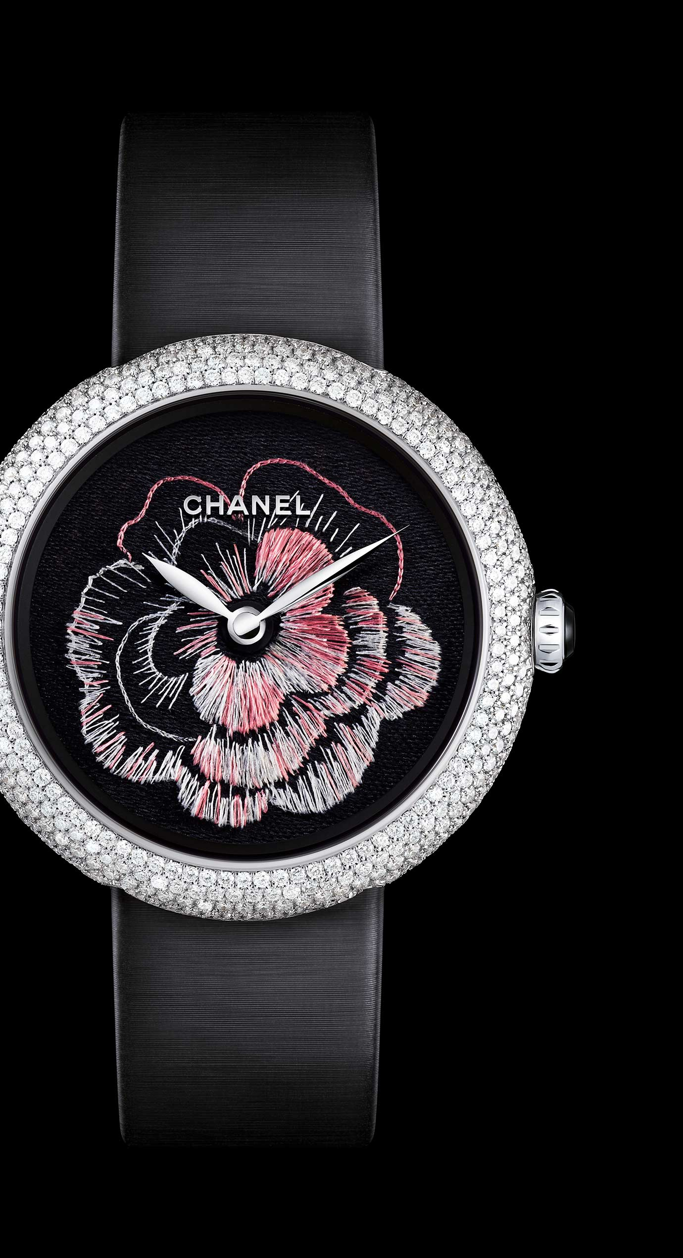 Mademoiselle Privé watches in 18K gold set with diamonds - Lesage embroidery - Enlarged view