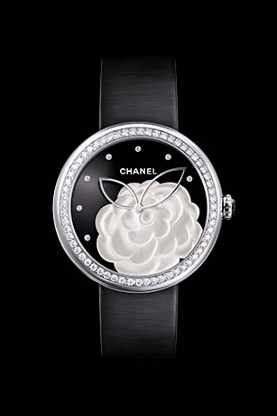 Mademoiselle Privé Camélia watch in pearl marquetry, onyx dial, diamond indicators