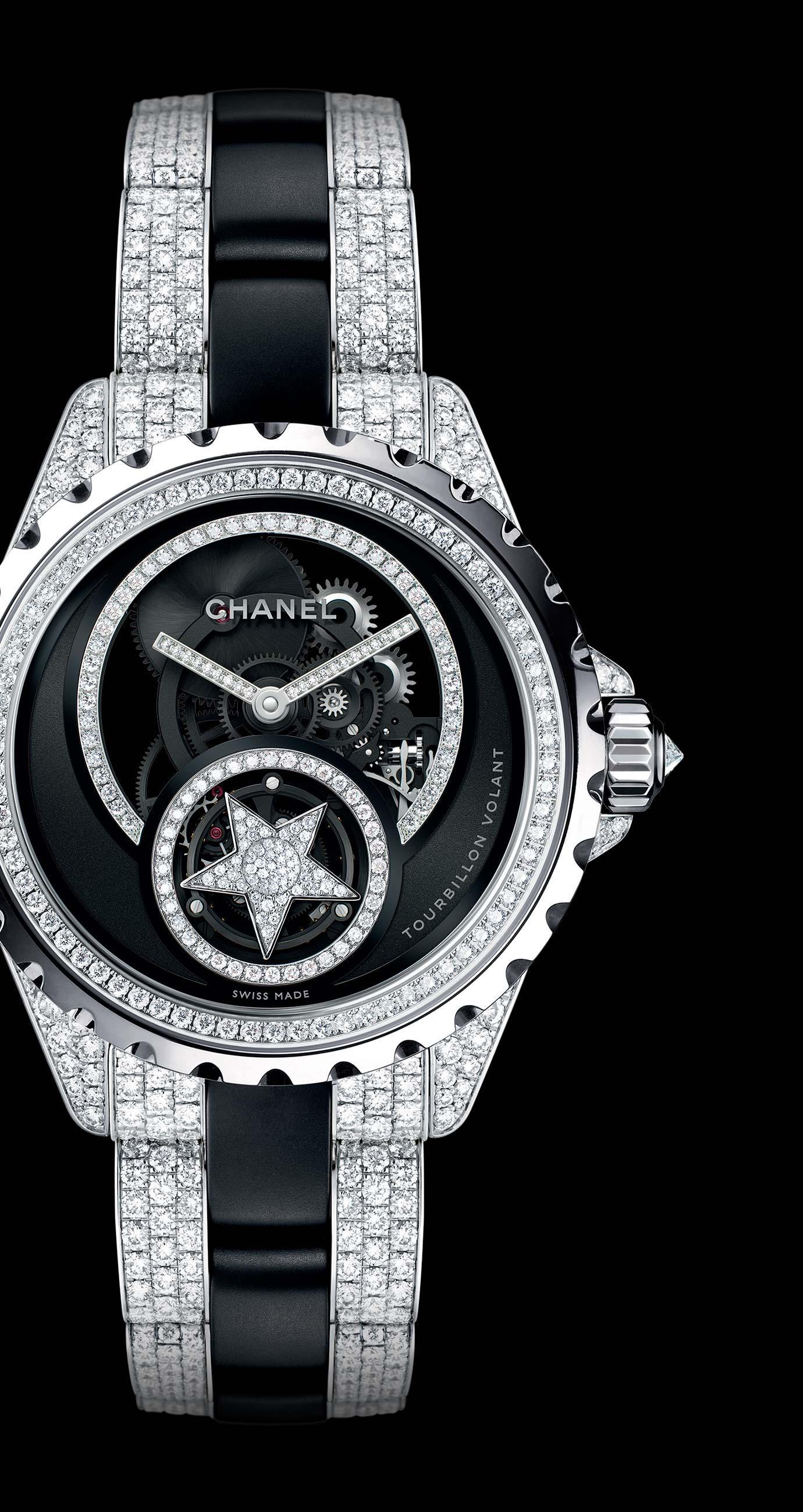 J12 Tourbillon Volant Squelette  en or blanc 18 carats et céramique high-tech* noire serties de diamants. Bracelet serti de diamants taille brillant. - Vue agrandie