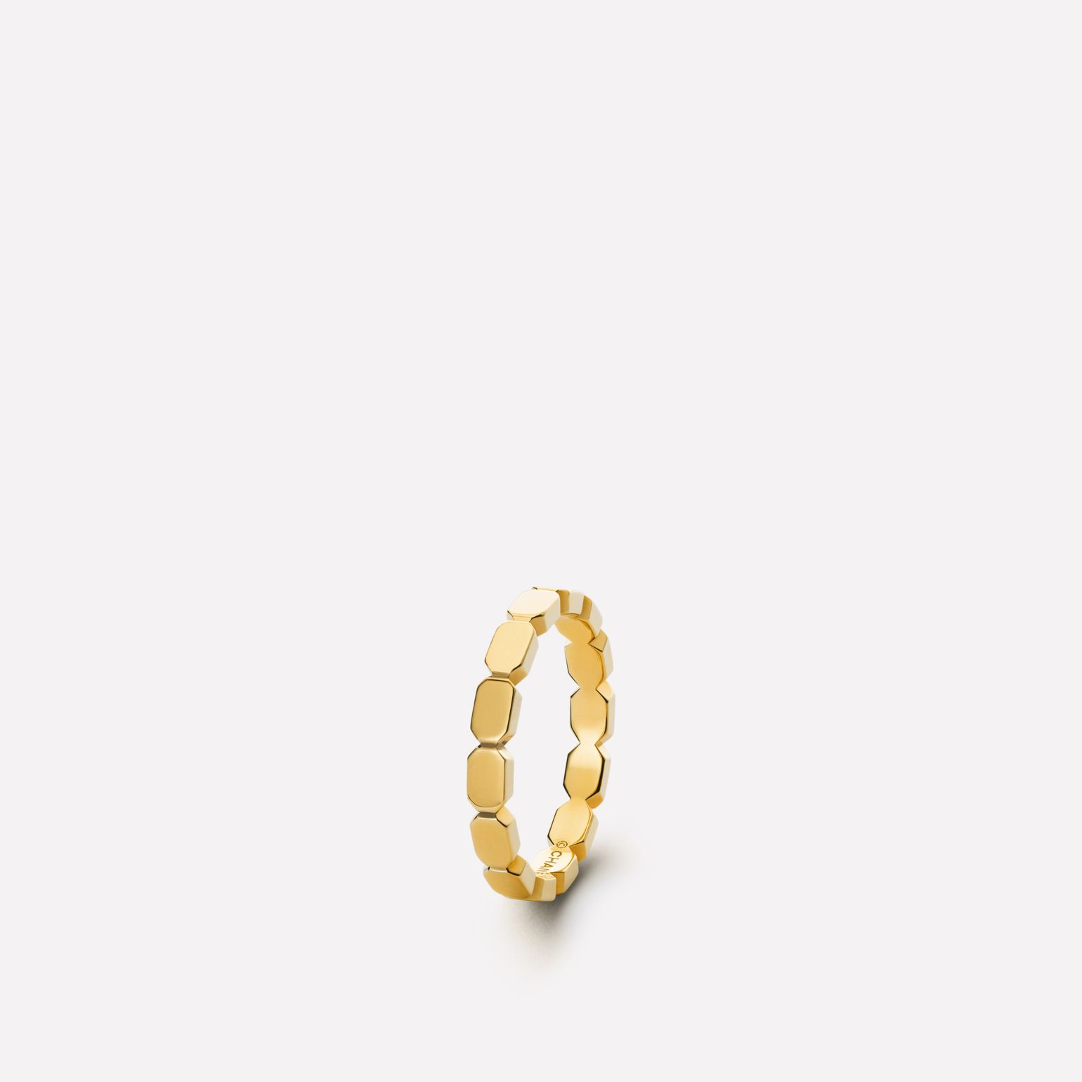 Baroque Ring Baroque chain in 18K yellow gold