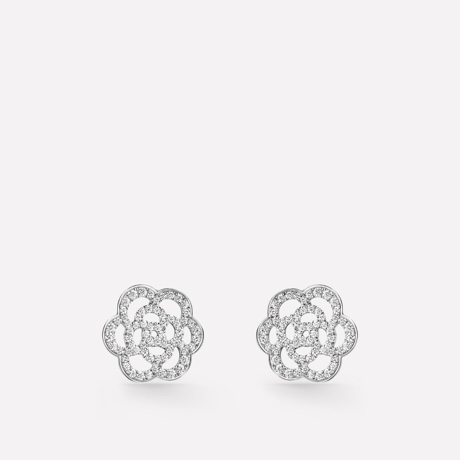 Camélia Ajouré earrings 18K white gold, diamonds