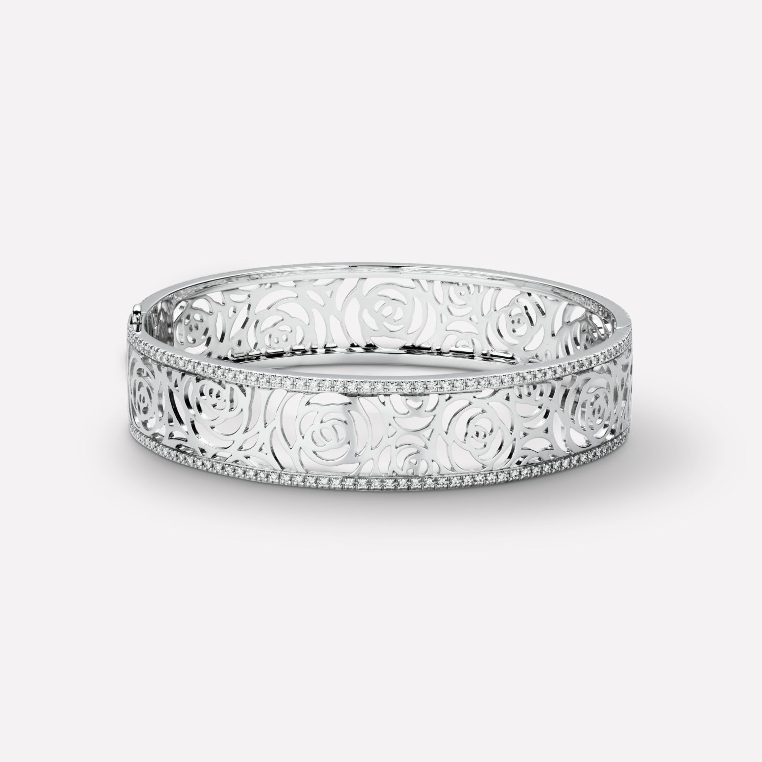 Camélia Bracelet Camélia Ajouré bangle in 18K white gold and diamonds