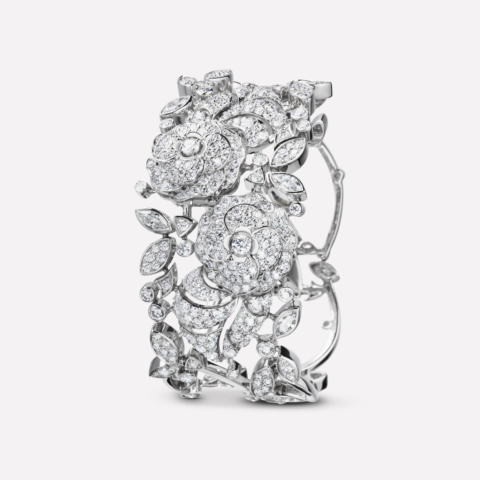 Camélia Bracelet Camélia bouquet necklace in 18K white gold, diamonds and central diamond