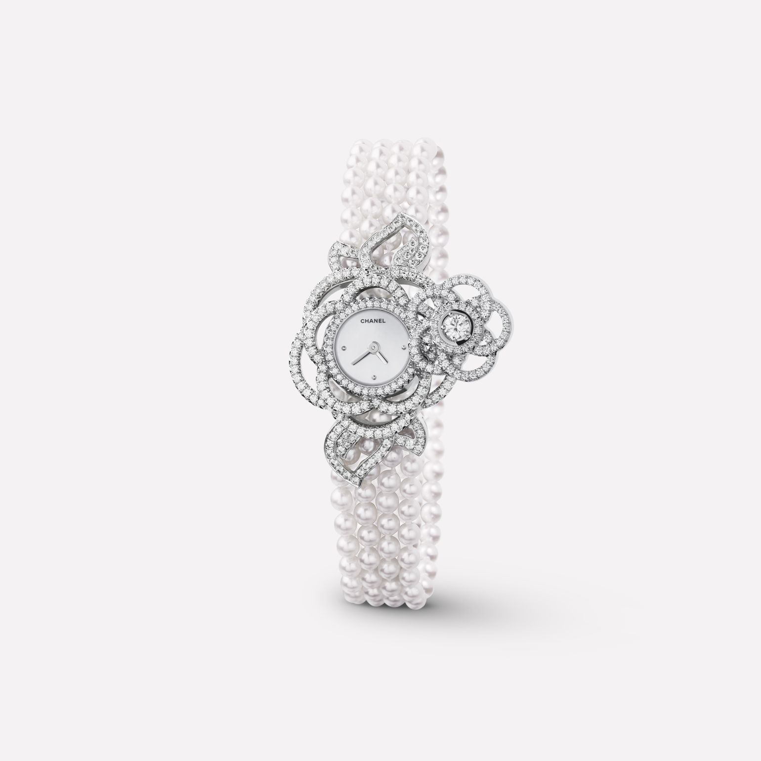 Camélia Jewelry Watch Secret watch with embroidered Camélia Brodé motif, medium version, in 18K white gold, diamonds, and cultured pearls