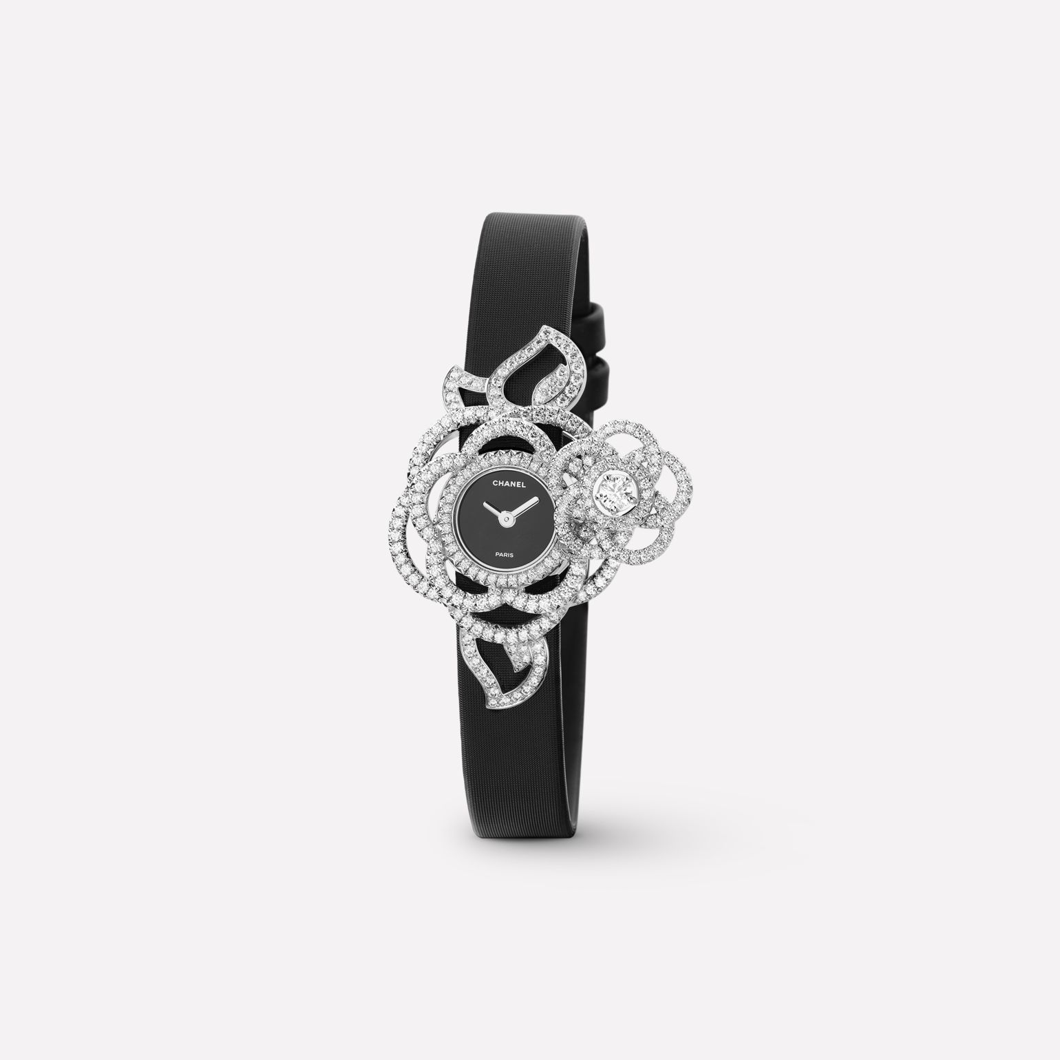 Camélia Jewelry Watch Secret watch with embroidered Camélia Brodé motif, medium version, in 18K white gold and diamonds