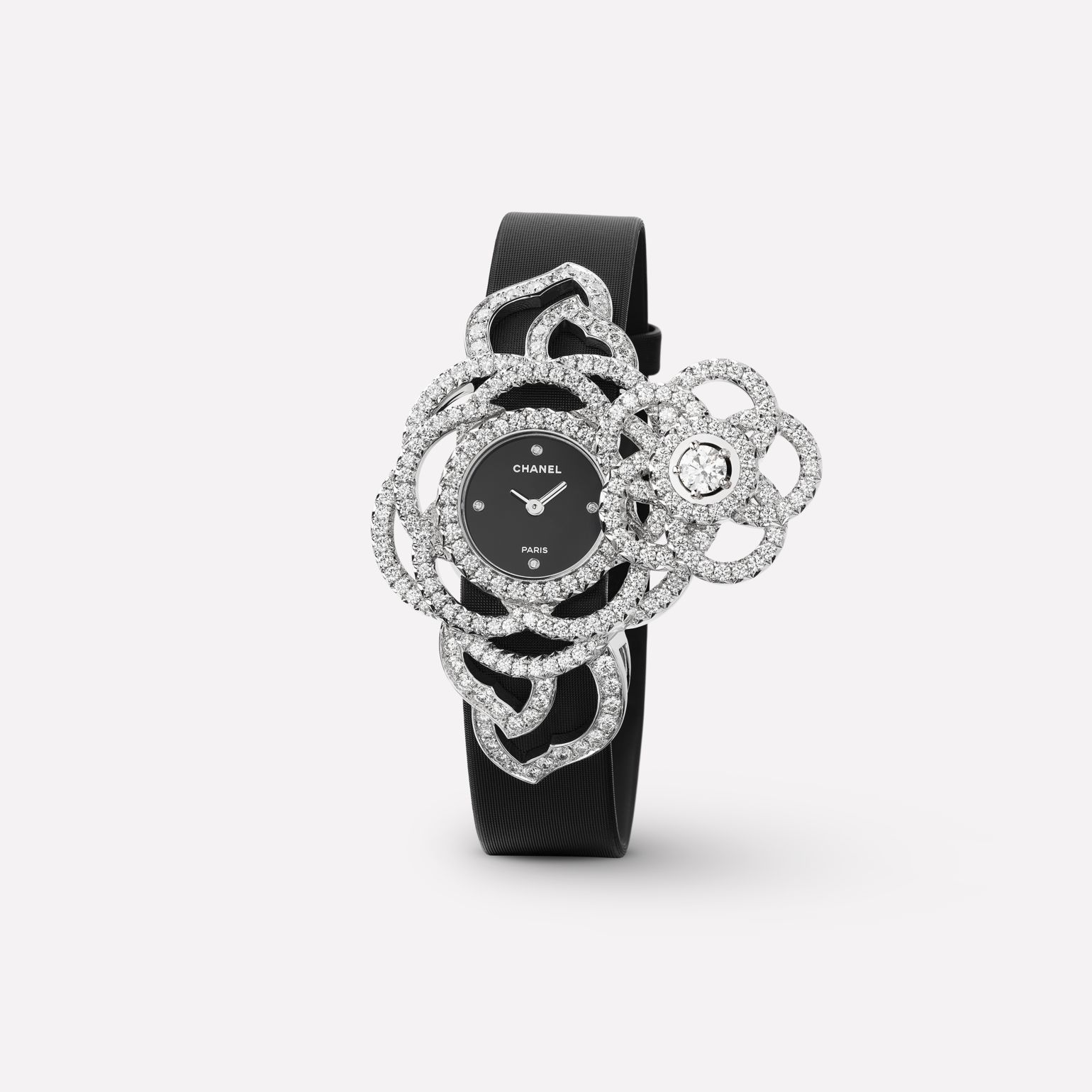 Camélia Jewelry Watch Secret watch with embroidered Camélia Brodé motif, large version, in 18K white gold and diamonds