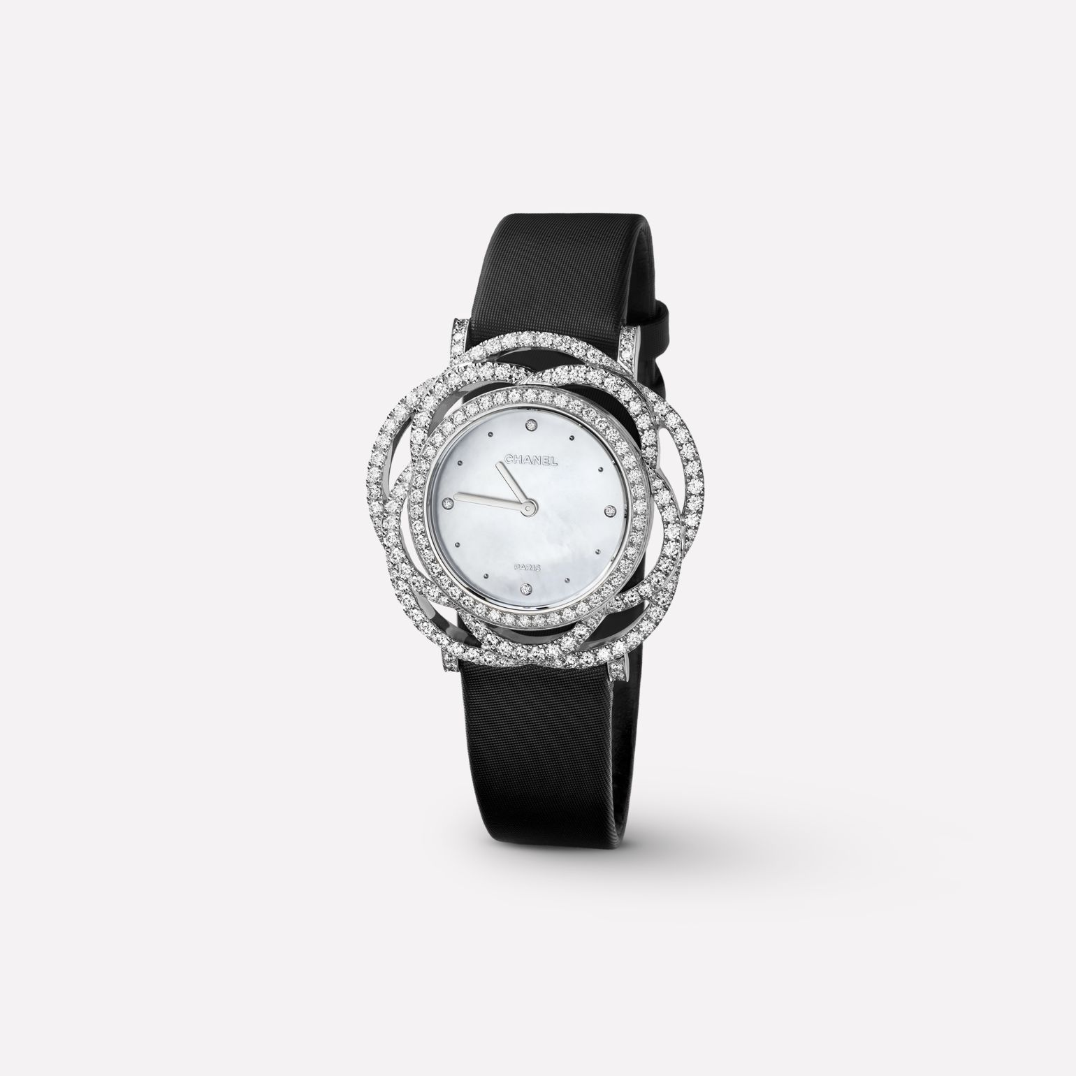 Camélia Jewelry Watch Embroidered camellia motif in 18K white gold and diamonds