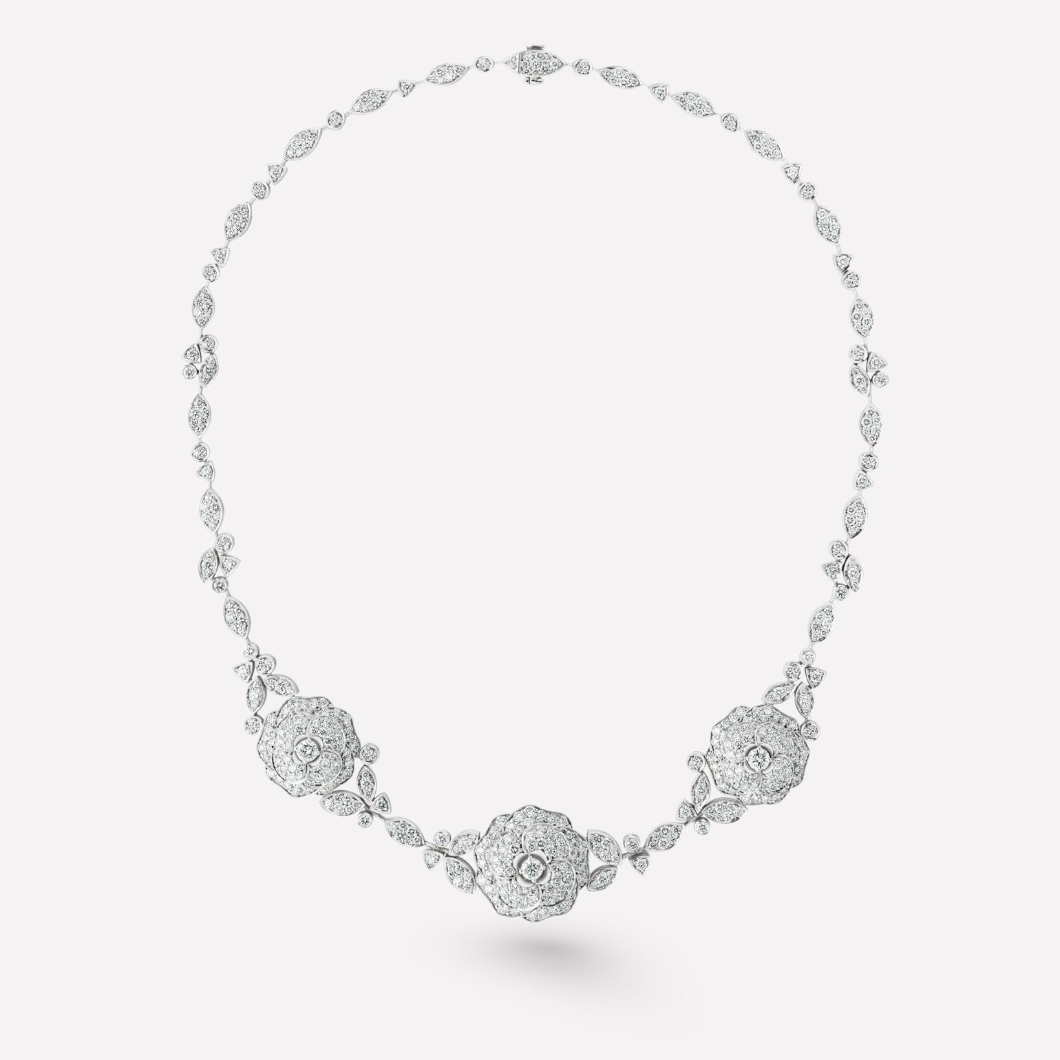 Camélia Necklace Camélia bouquet necklace in 18K white gold, diamonds and central diamond