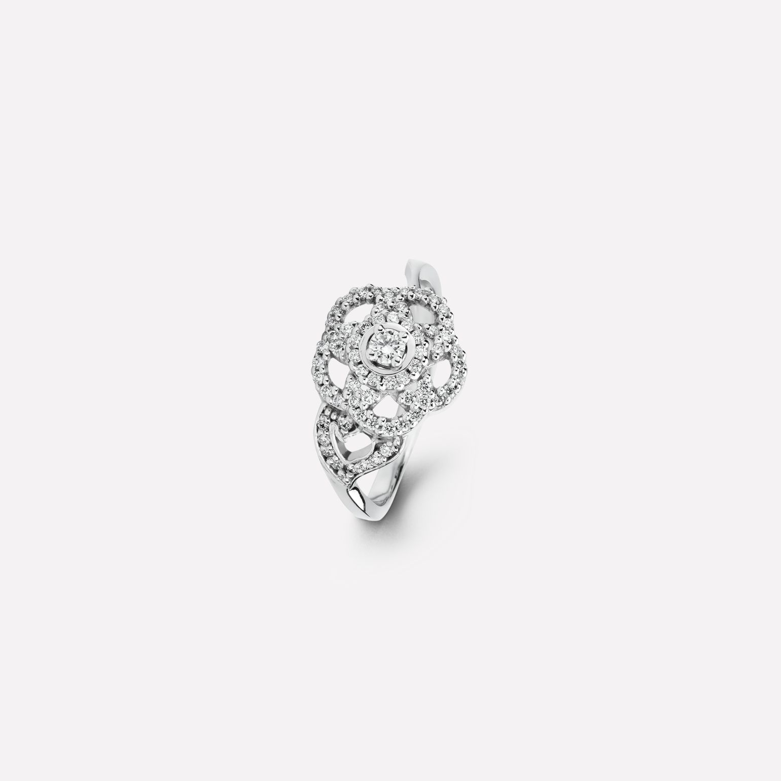 Camélia ring Camélia Brodé ring in 18K white gold and diamonds with one center diamond