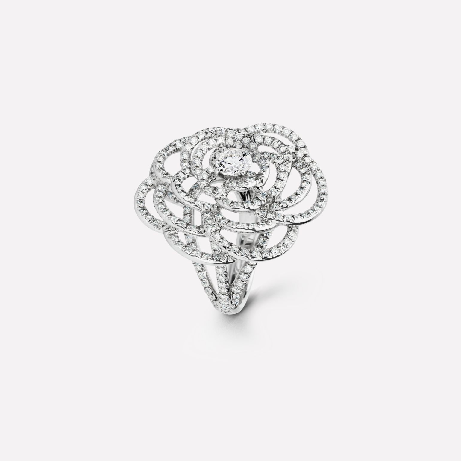 Camélia ring Fil de Camélia ring in 18K white gold and diamonds with one center diamond