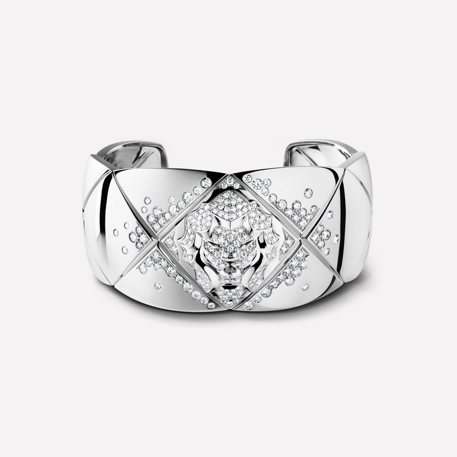 Coco Crush bracelet Quilted motif and lion cuff in 18K white gold and diamonds