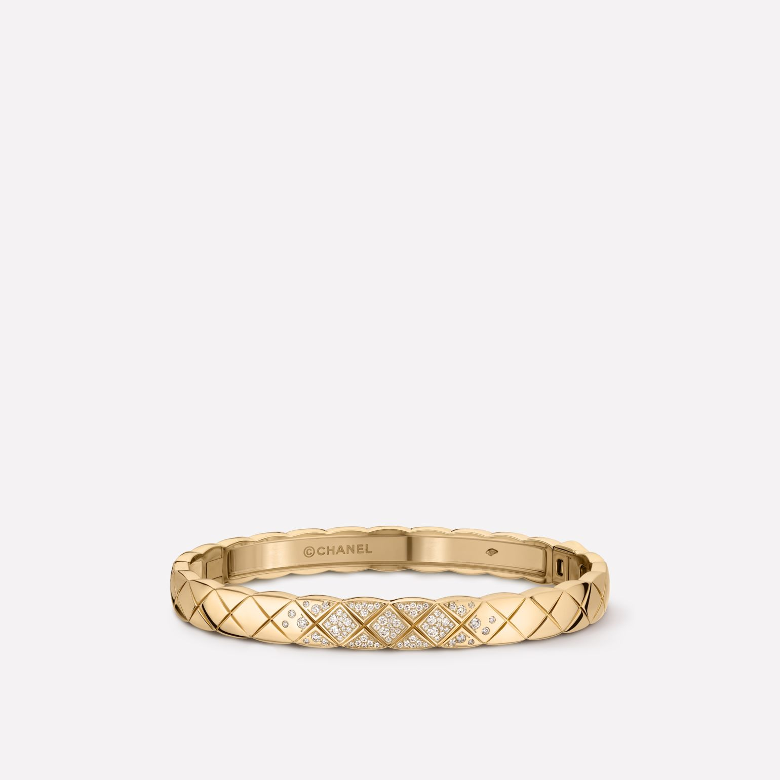Coco Crush bracelet Quilted motif, 18K BEIGE GOLD, diamonds