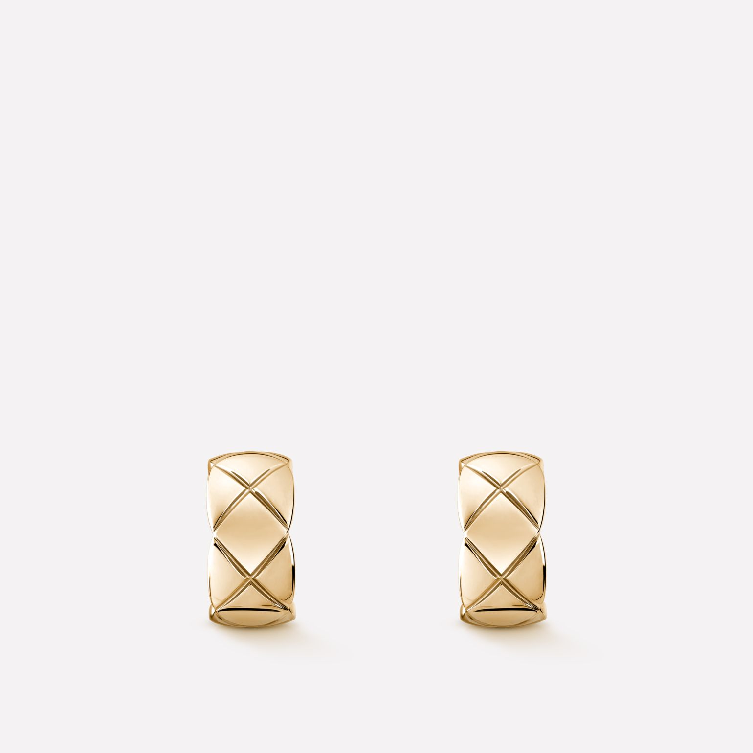 Coco Crush earrings Quilted motif, 18K BEIGE GOLD