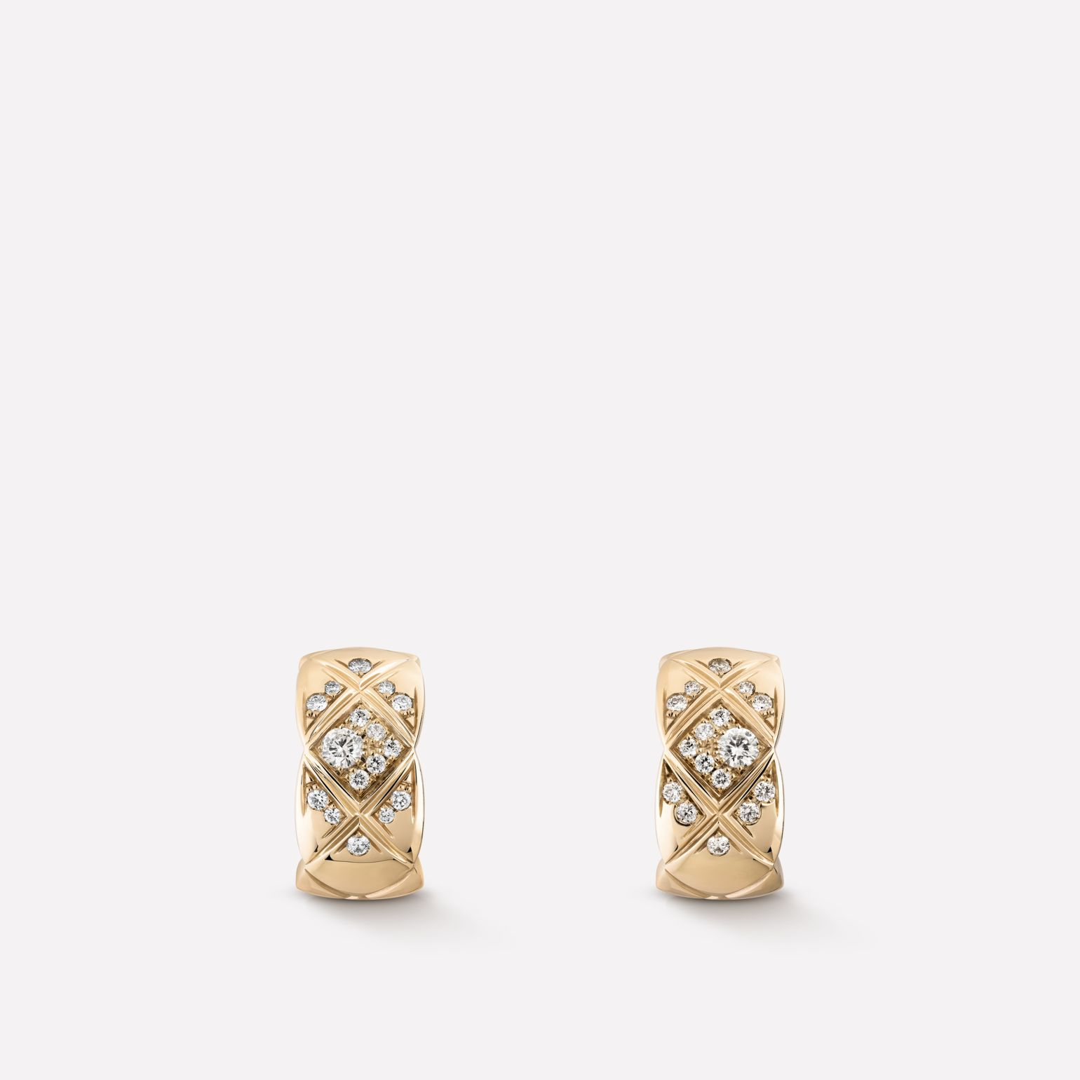 Coco Crush earrings Quilted motif, 18K BEIGE GOLD, diamonds