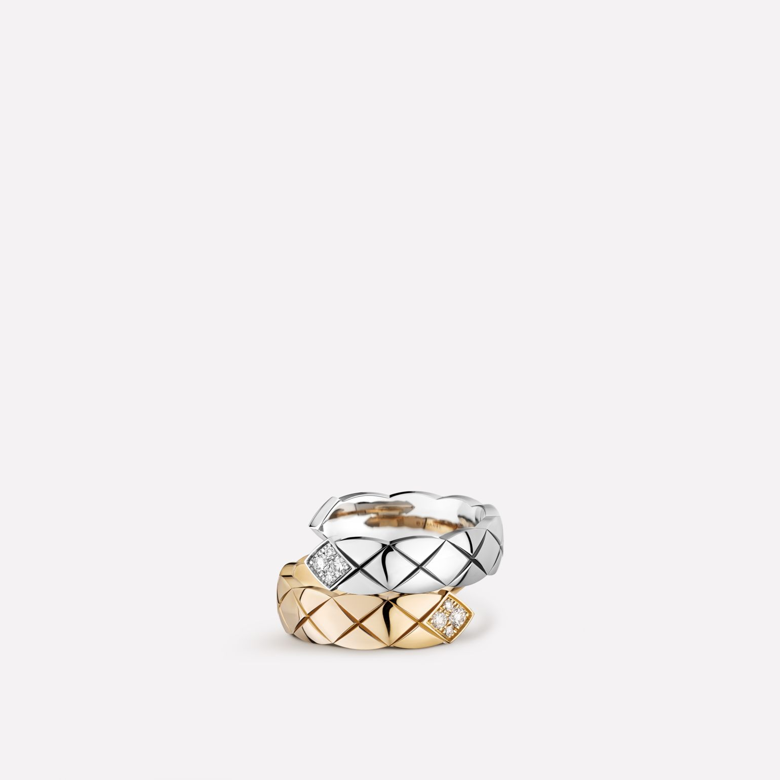 Coco Crush Toi et Moi ring Quilted motif, large version, 18K white and BEIGE GOLD, diamonds