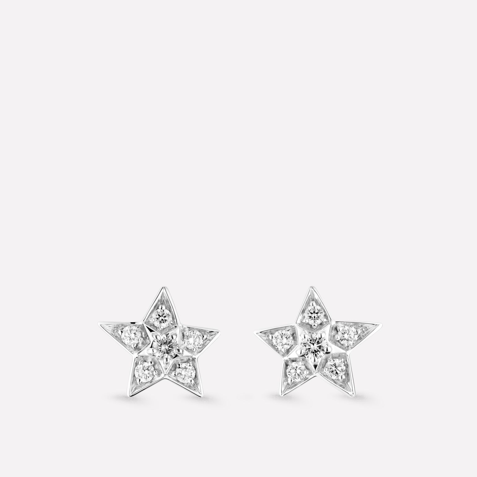Comète Earrings Star earrings in 18K white gold and diamonds. Small version.