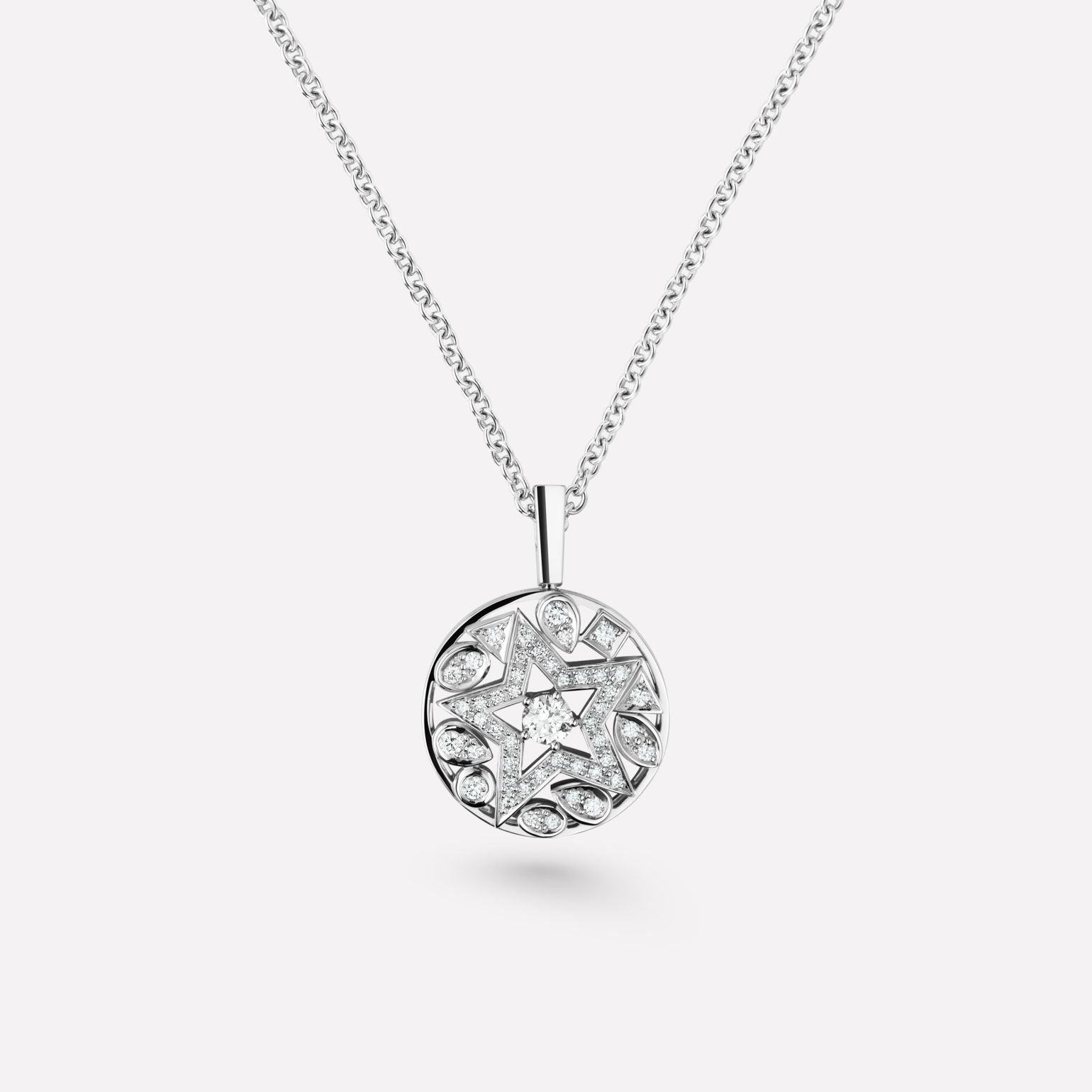 Comète Necklace Round star necklace in 18K white gold, diamonds and central diamond