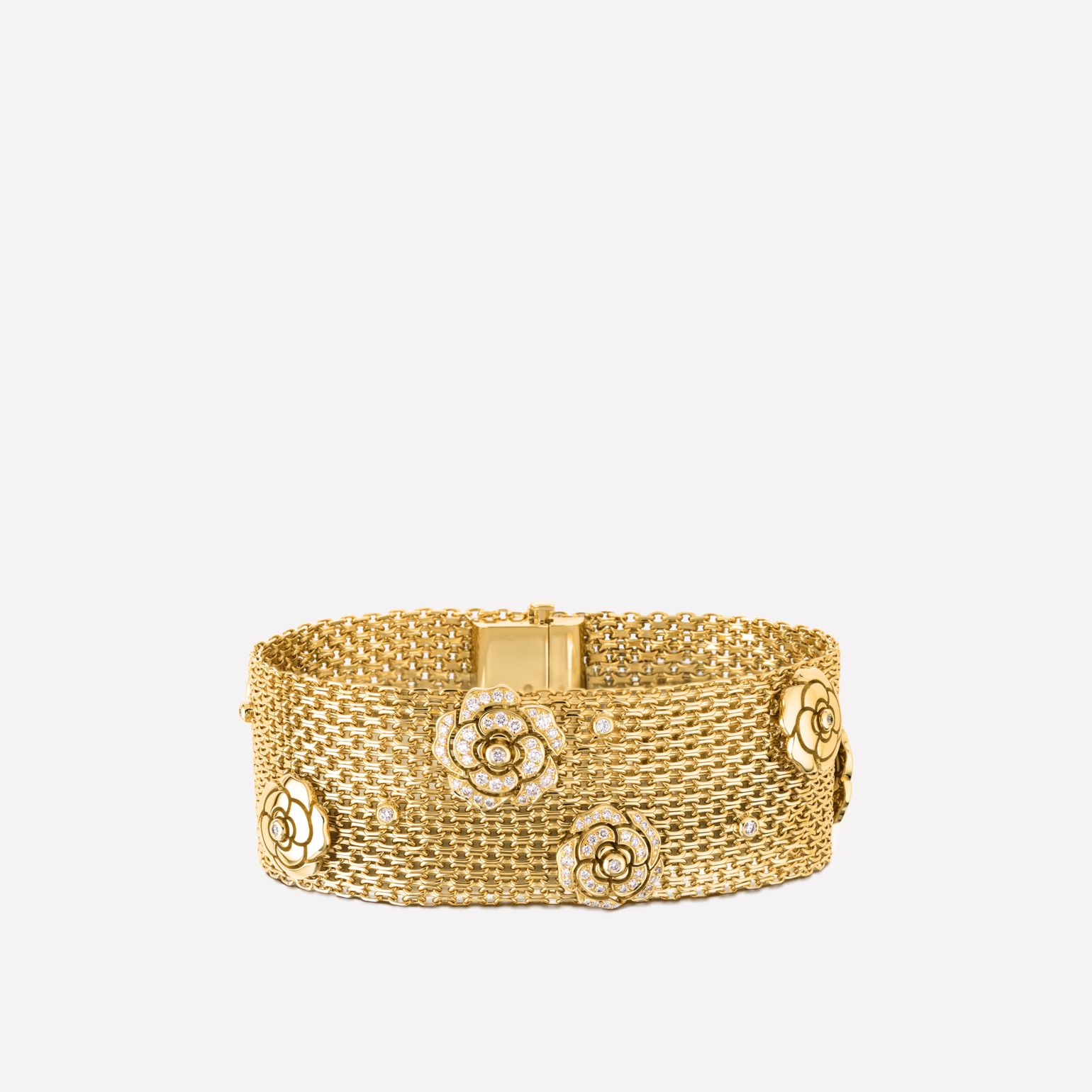 Impression de Camélia bracelet 18K yellow gold, diamonds