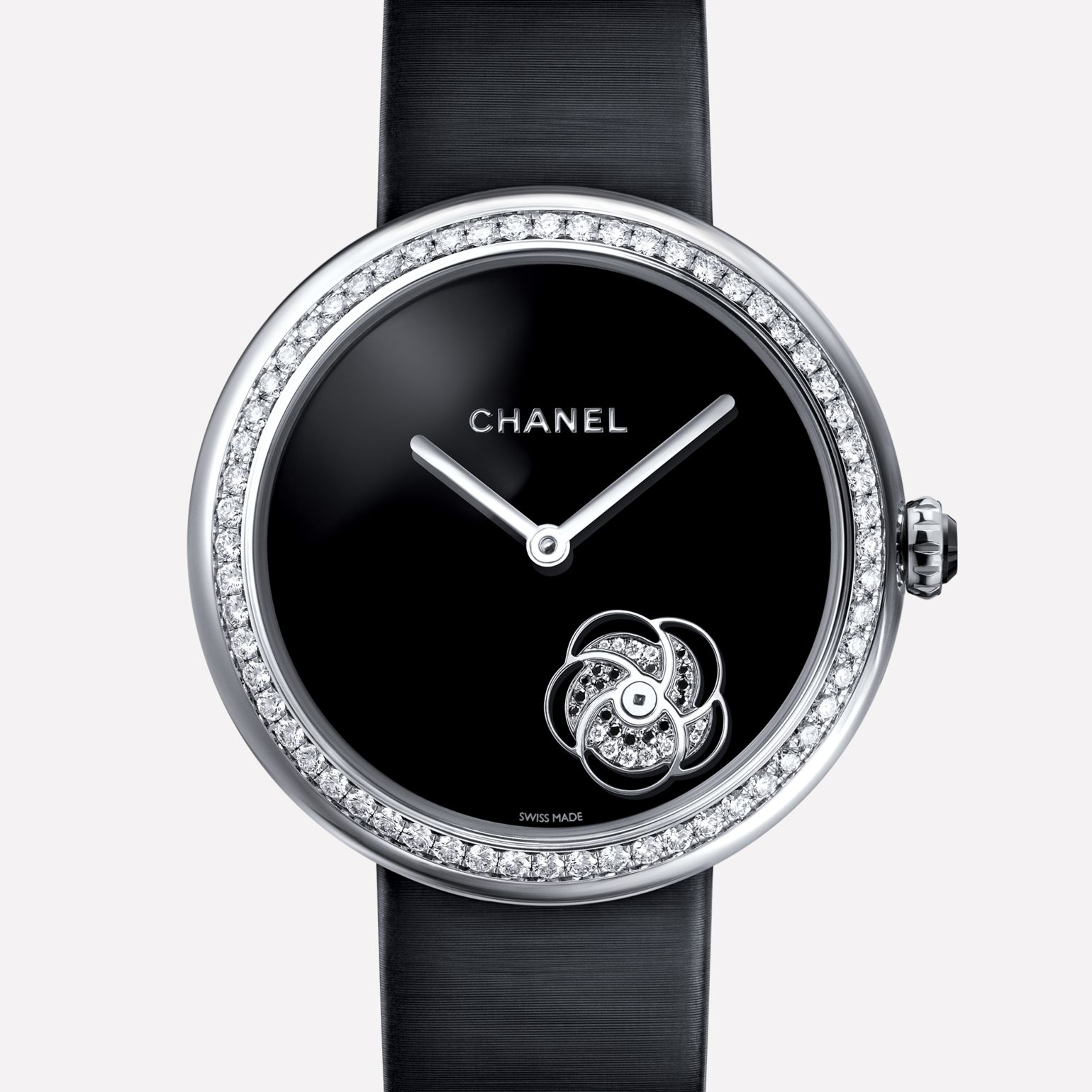 Mademoiselle Privé Watch Whirling camellia set with diamonds