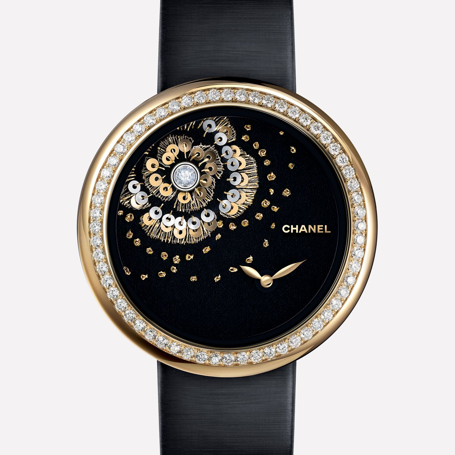 Mademoiselle Privé Watch Camellia in gold thread, diamonds and gold spangles - Lesage embroidery
