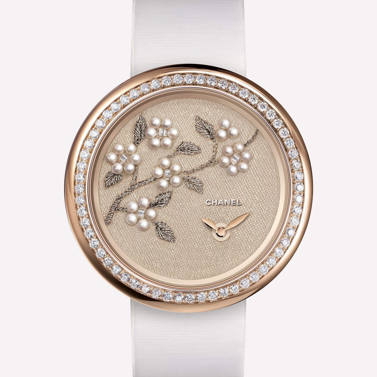 Mademoiselle Privé Watch Camellia branch in gold thread, fine pearls, and glass beads - Lesage embroidery