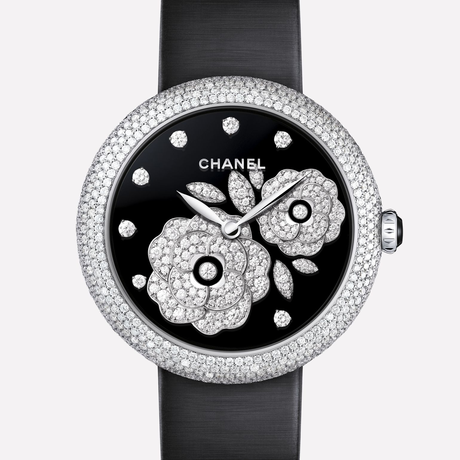 Mademoiselle Privé Bouton de Camélia jewellery - Grand Feu black enamel and diamonds