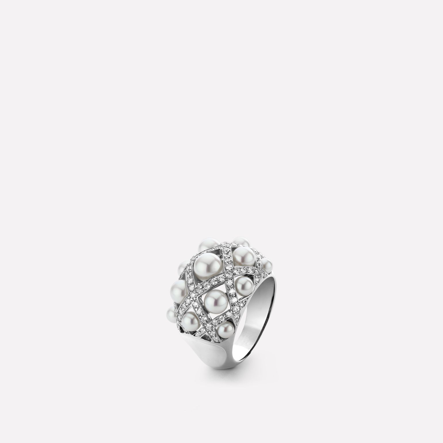 Perles Matelassé ring Medium version, 18K white gold, diamonds, cultured pearls