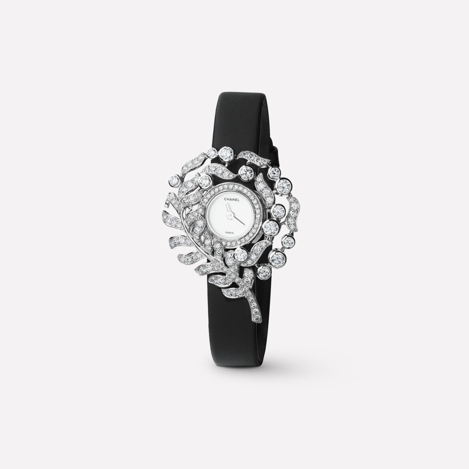 Plume de CHANEL Jewelry Watch Feather motif in 18K white gold and diamonds