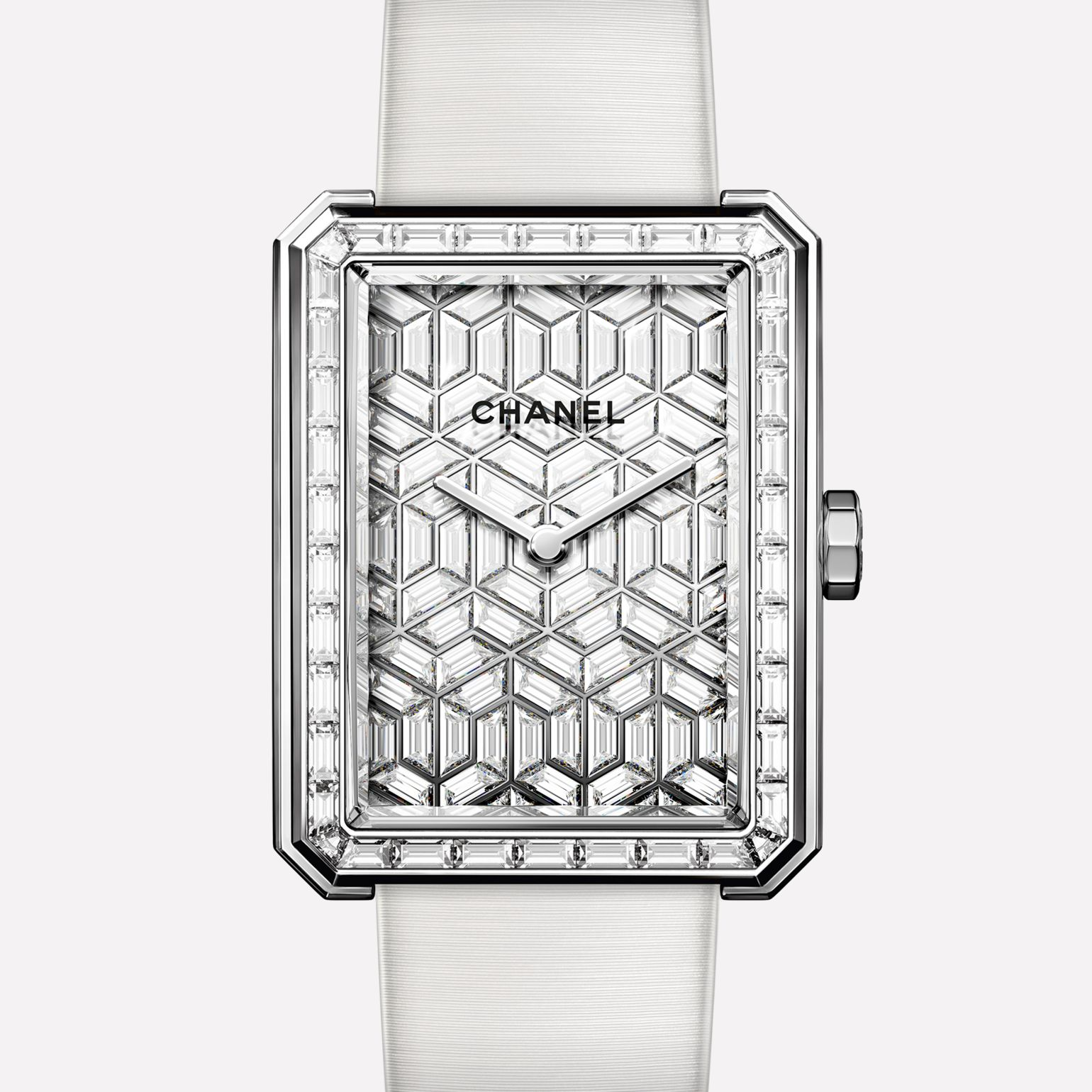 PREMIÈRE∙BOY DE CHANEL ARTY DIAMONDS Large version, white gold and dial set with diamonds, satin strap