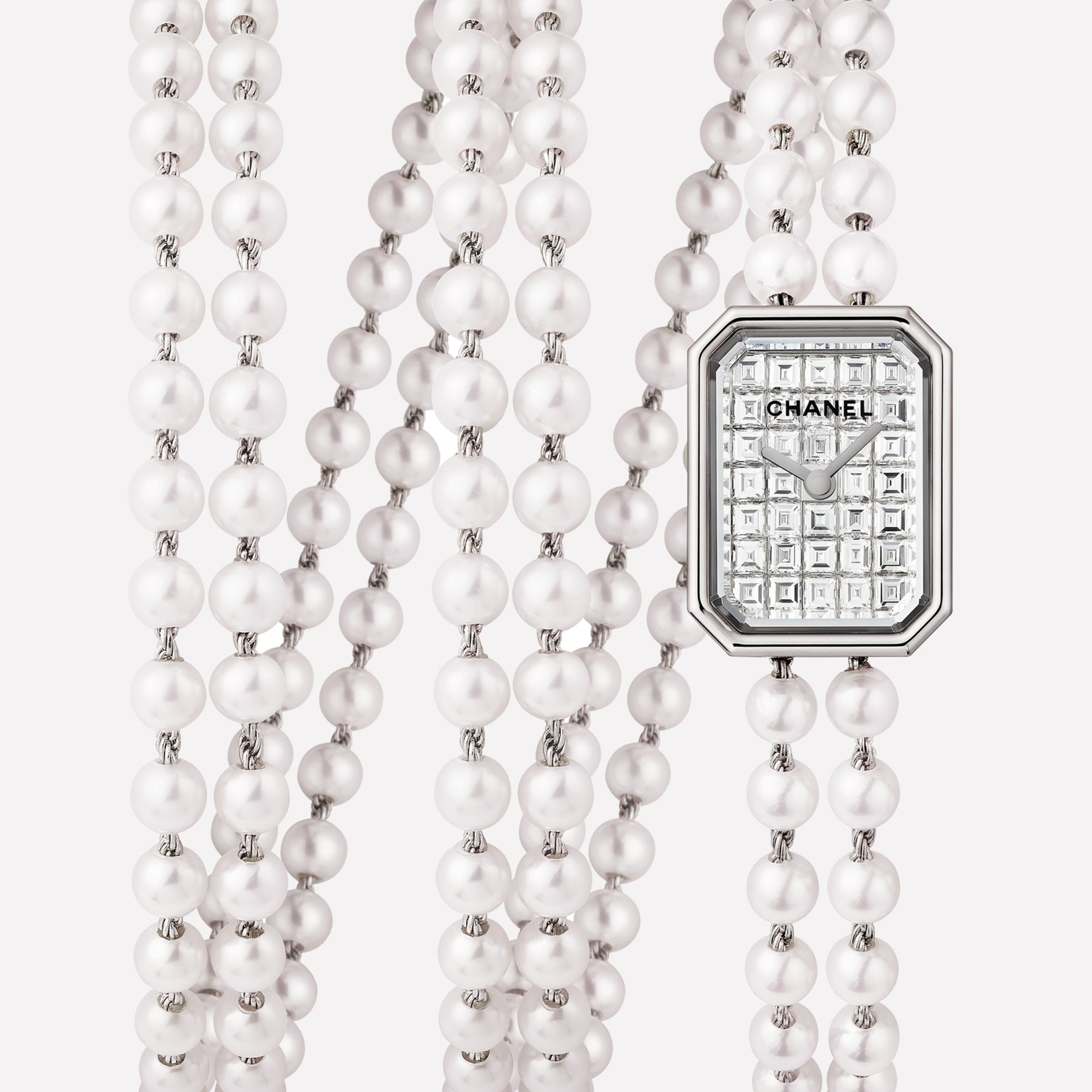 Première Mini Watch Triple row pearl and diamond bracelet, dial set with baguette-cut diamonds