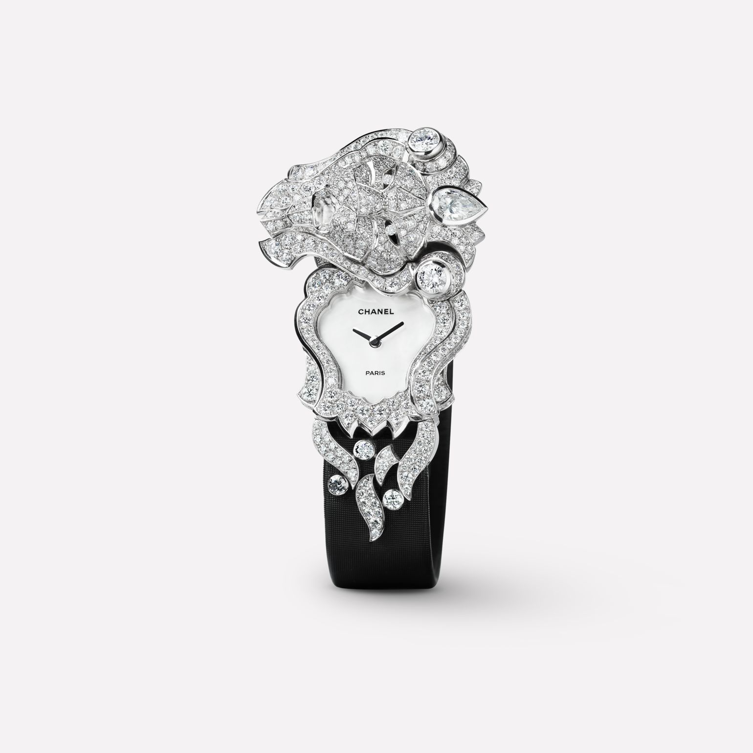 Sous le Signe du Lion Jewelry Watch Secret watch with lion motif in 18K white gold and diamonds