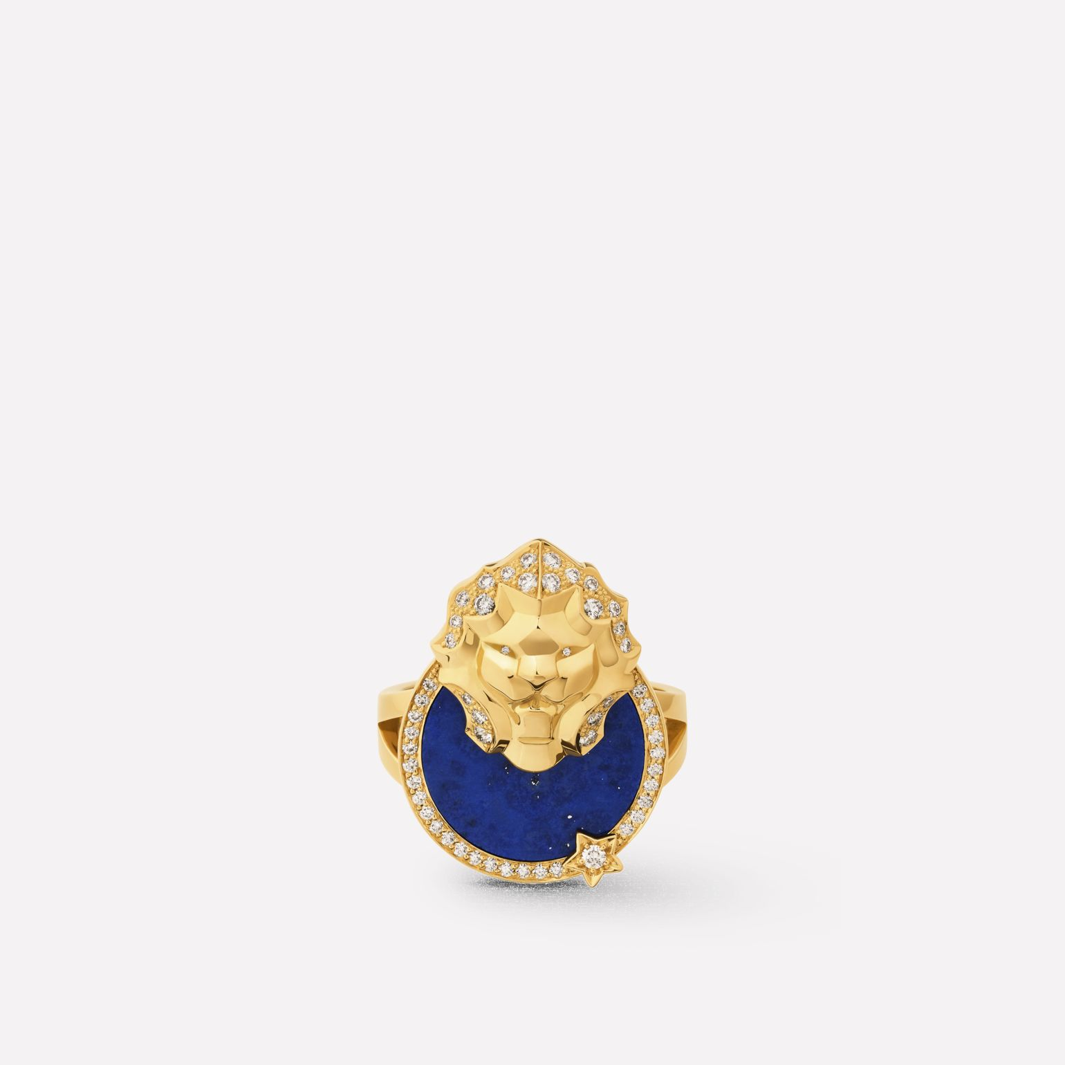 Sous le Signe du Lion ring Lion Médaille ring in 18K  yellow gold, diamonds and lapis lazuli