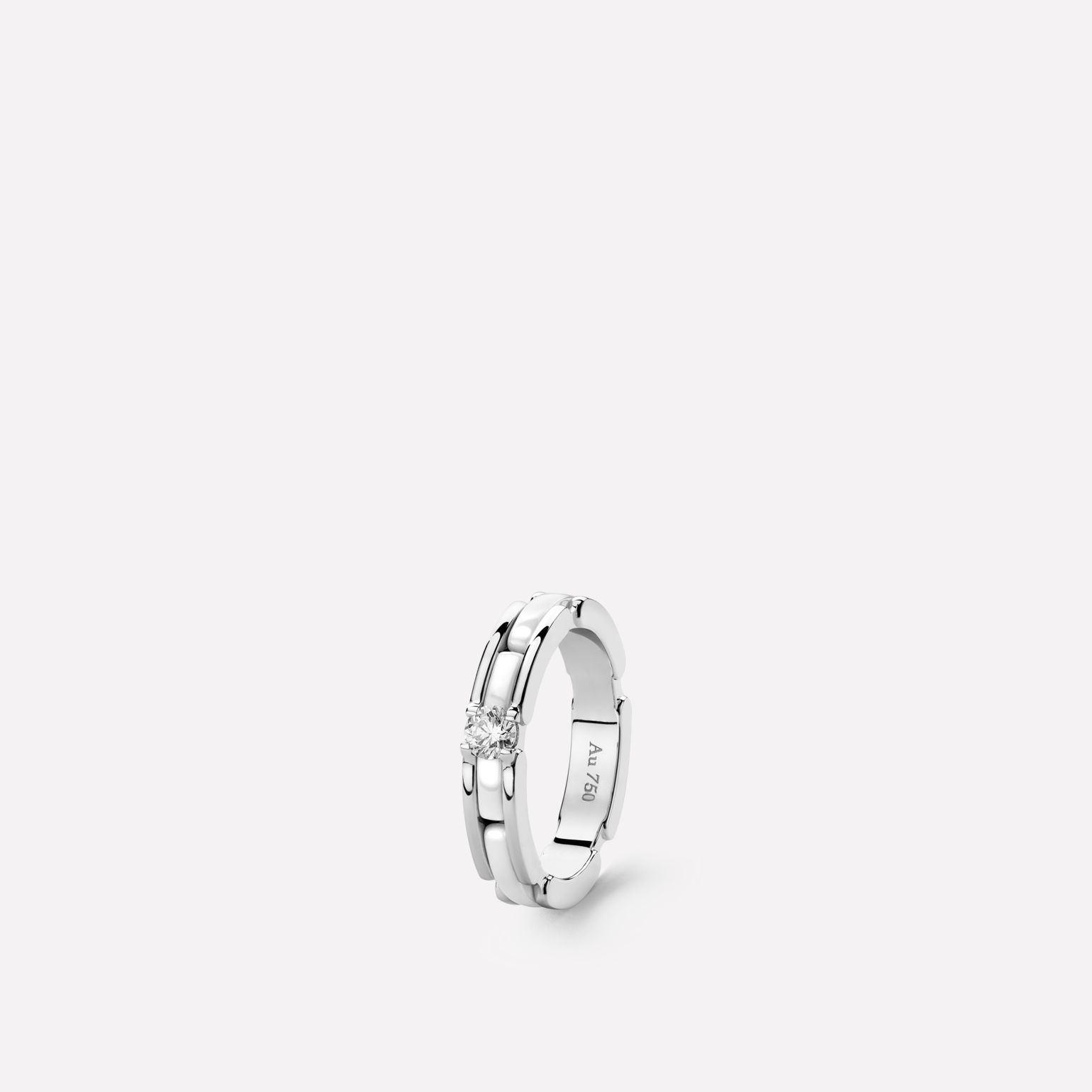 Ultra Ring Ultra ring in white ceramic, 18K white gold and central diamond. Slim version.