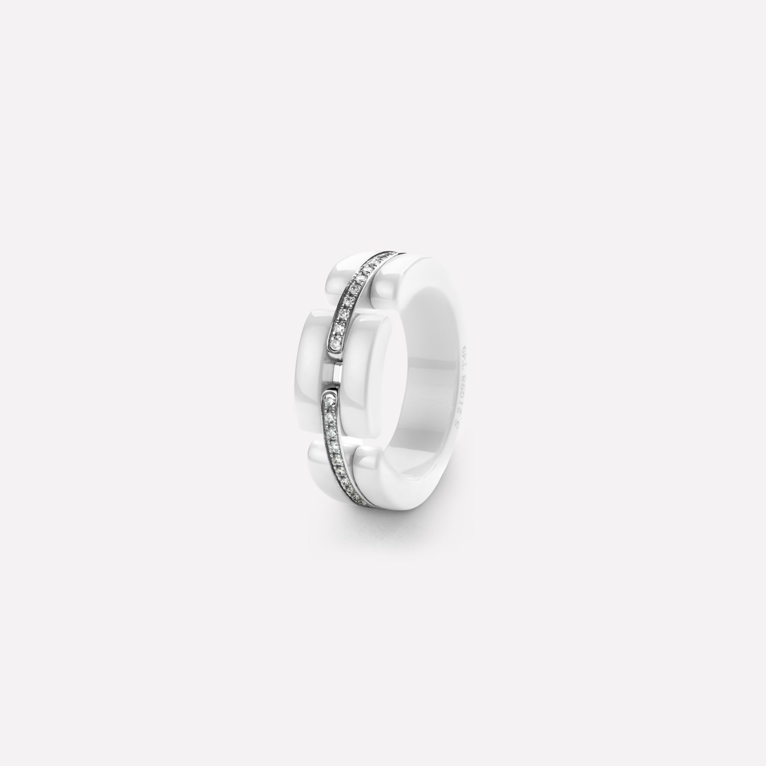 Ultra ring Ultra ring, medium version, in white ceramic, 18K white gold and diamonds